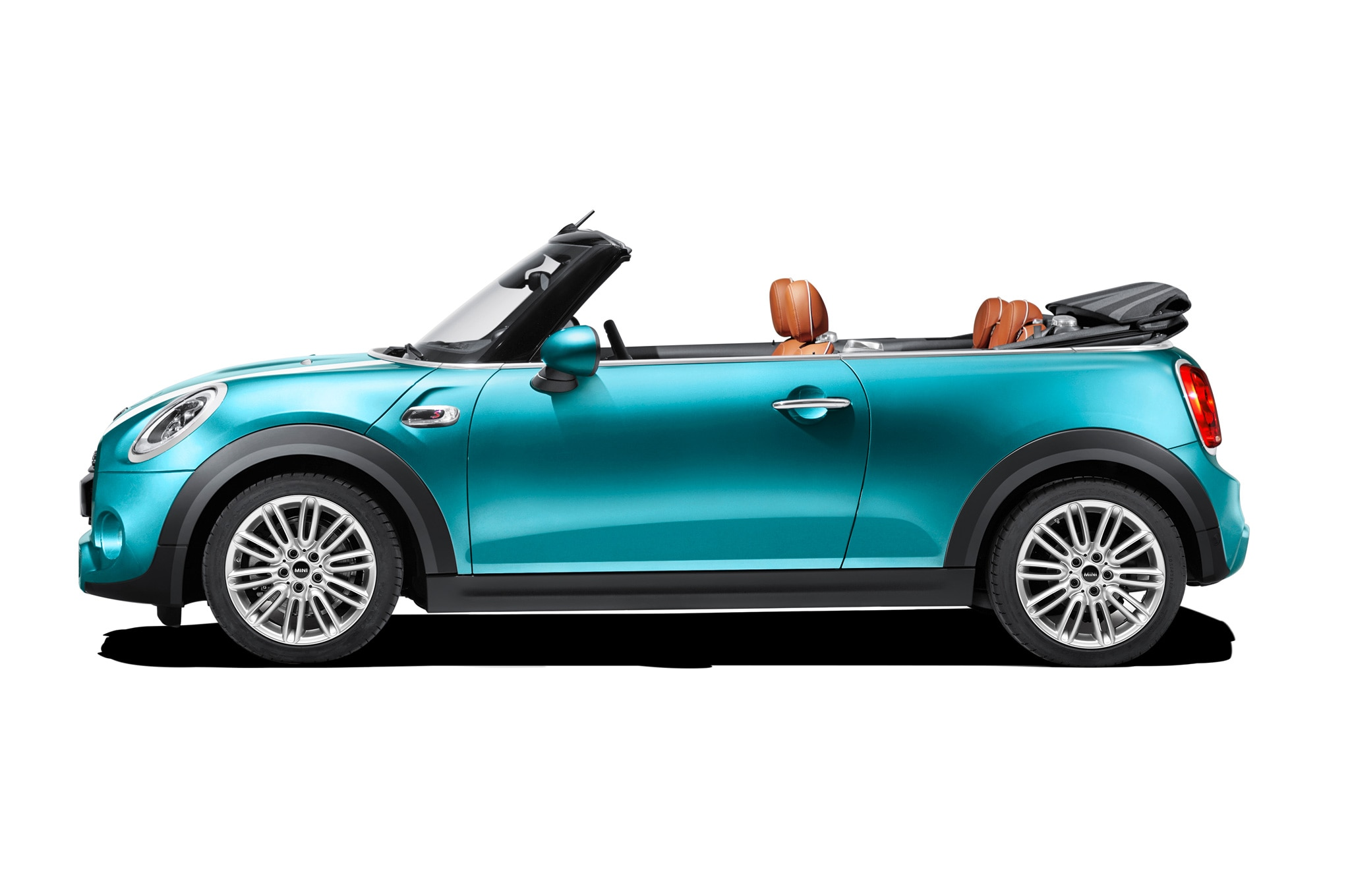 2016 mini convertible is more spacious more practical than before. Black Bedroom Furniture Sets. Home Design Ideas