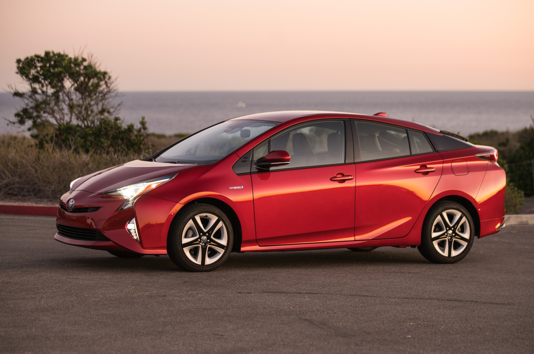 2016 toyota prius four touring review. Black Bedroom Furniture Sets. Home Design Ideas