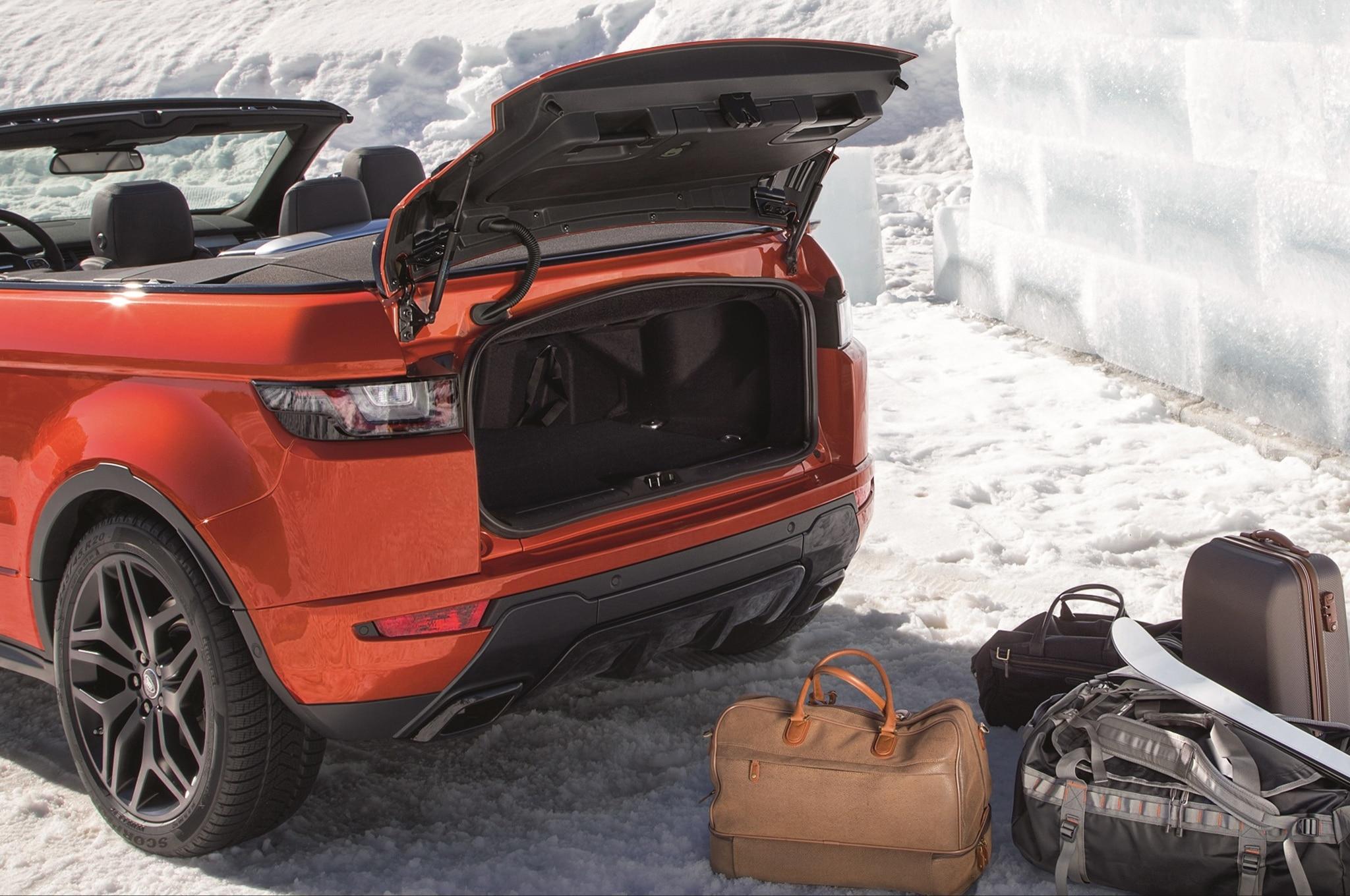 http://st.automobilemag.com/uploads/sites/11/2015/11/2017-Land-Rover-Range-Rover-Evoque-convertible-trunk-31.jpg