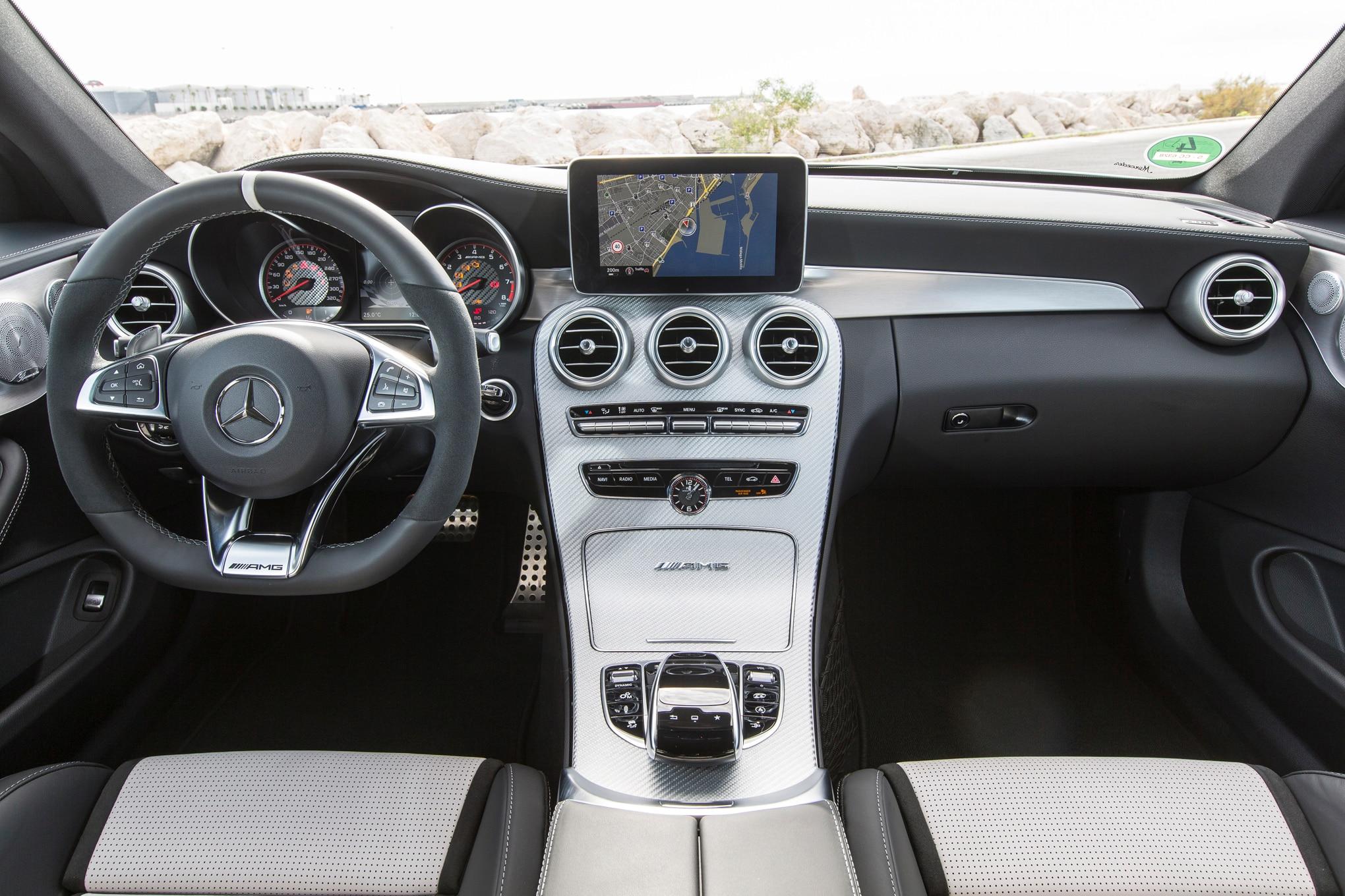 2017 mercedes amg c63 s coupe interior 03