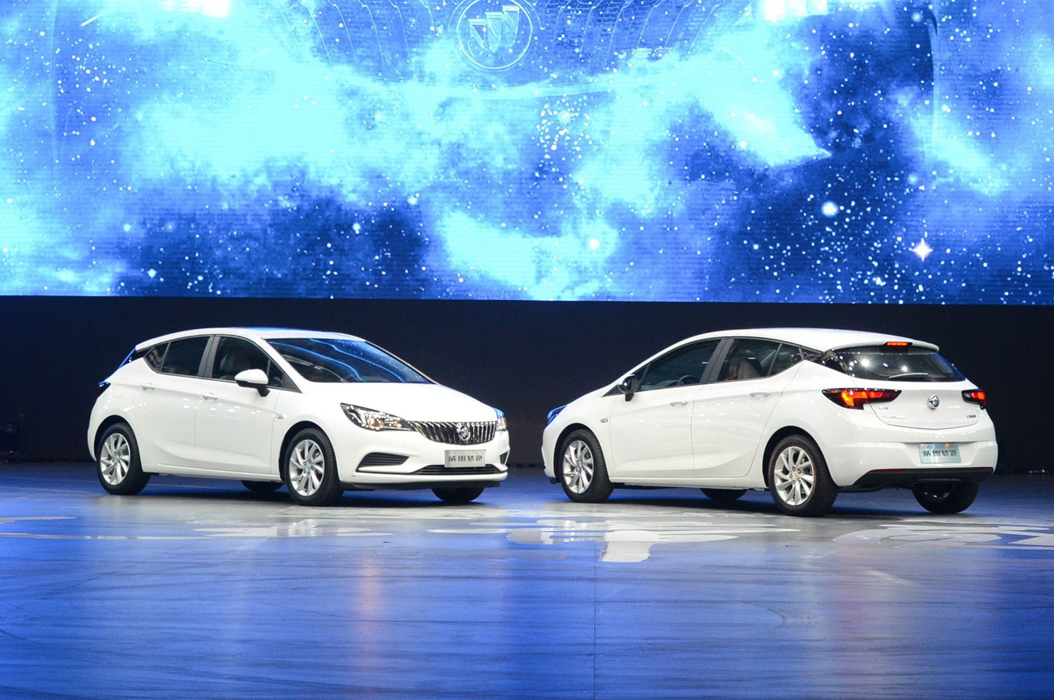 Buick Verano Hatch Debuts In China With GS Trim