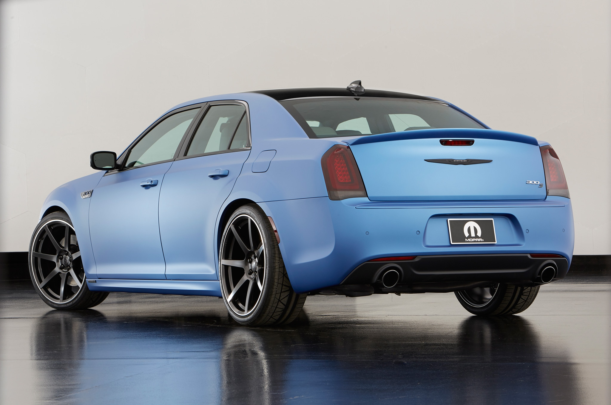 Weather Car Mats >> Chrysler 200, 300; Fiat 500X Get Tweaked for SEMA