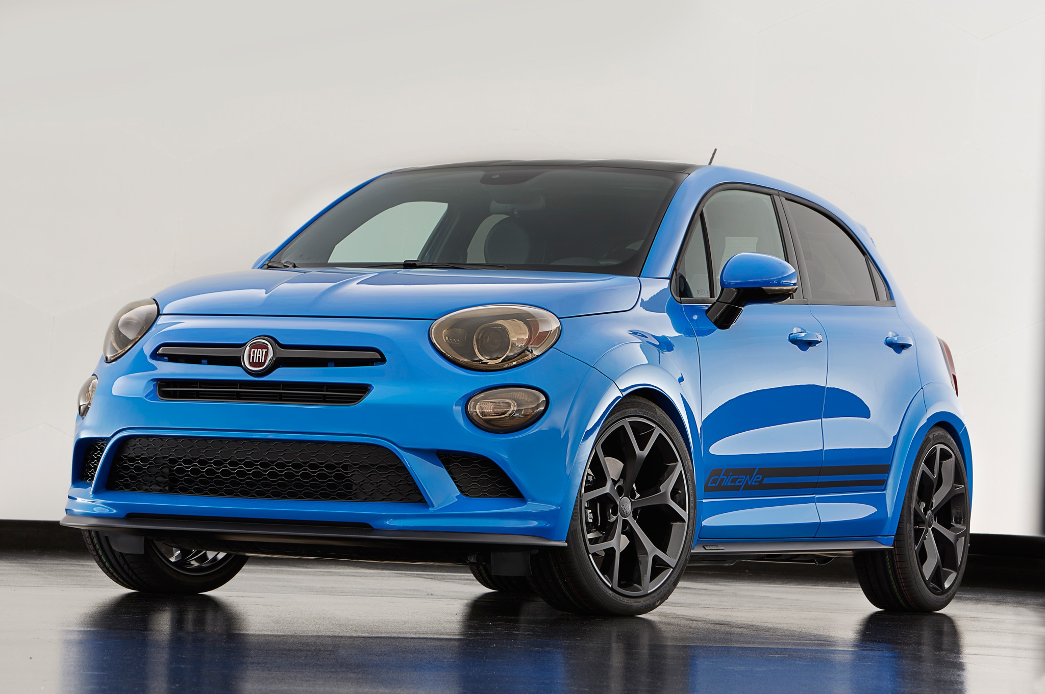 Chrysler 200, 300; Fiat 500X Get Tweaked For SEMA