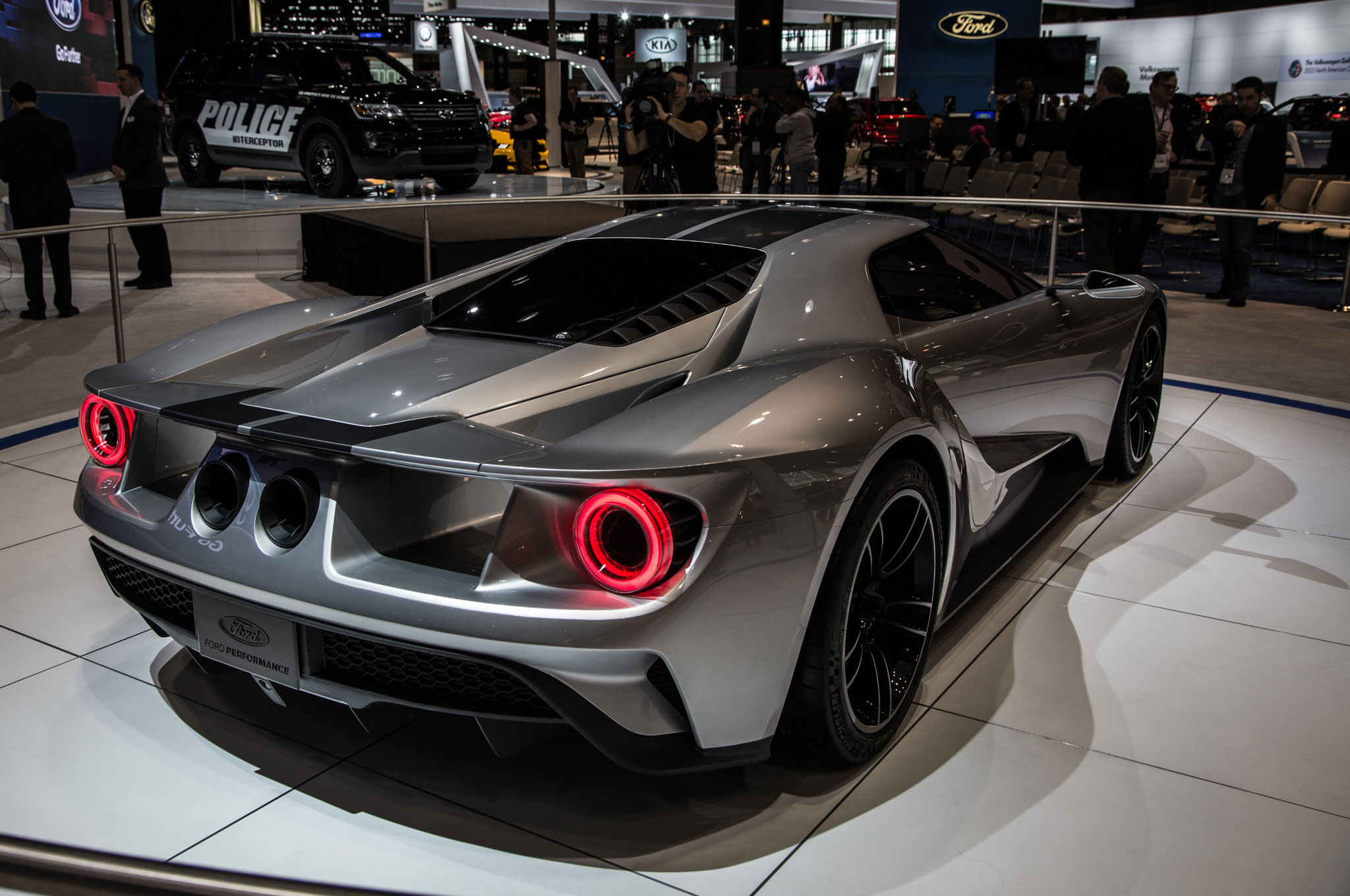 Design Of The Year Ford GT Automobile Magazine - Fast car magazine models