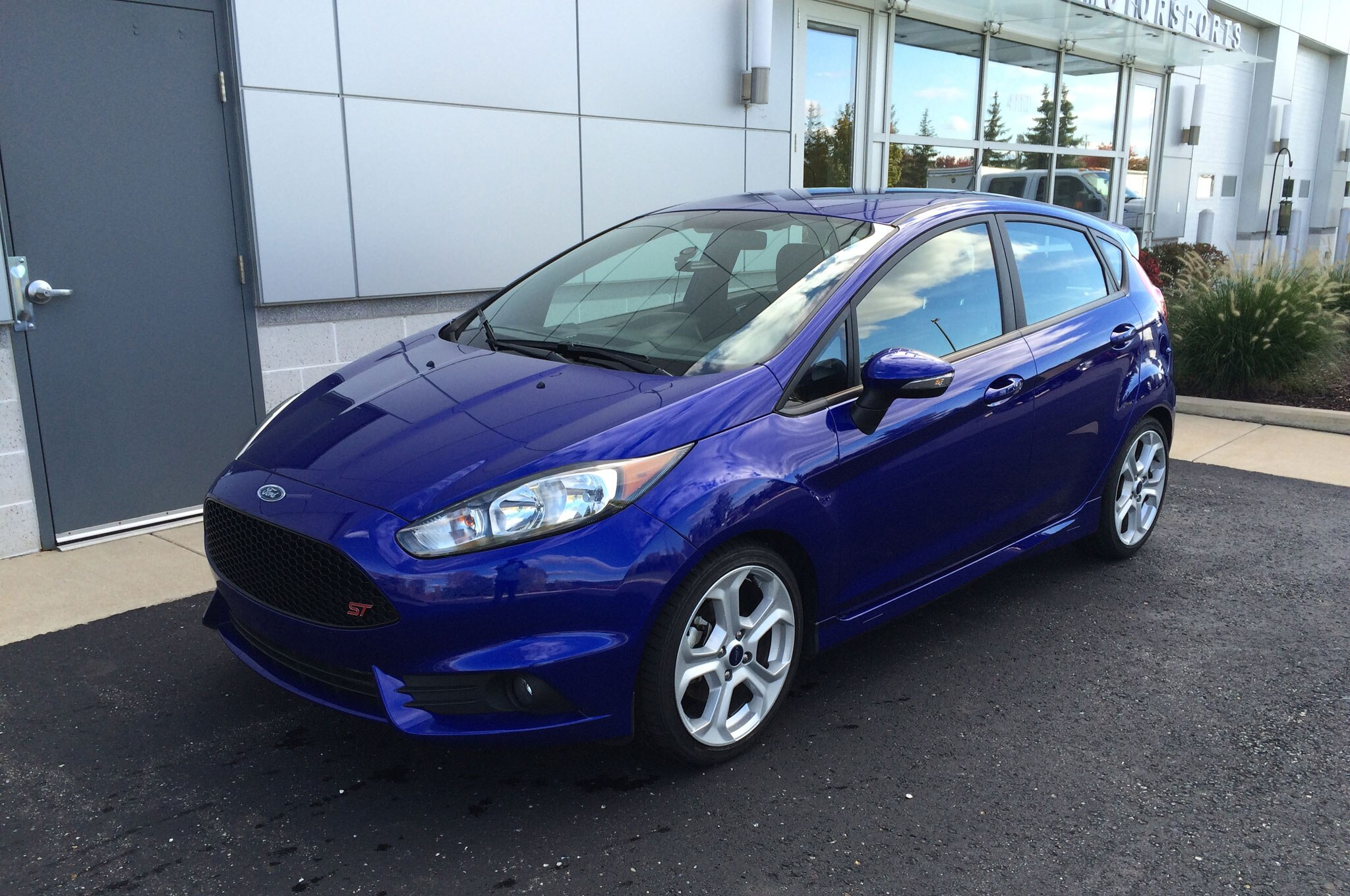 2014 ford fiesta st four seasons wrap up. Black Bedroom Furniture Sets. Home Design Ideas