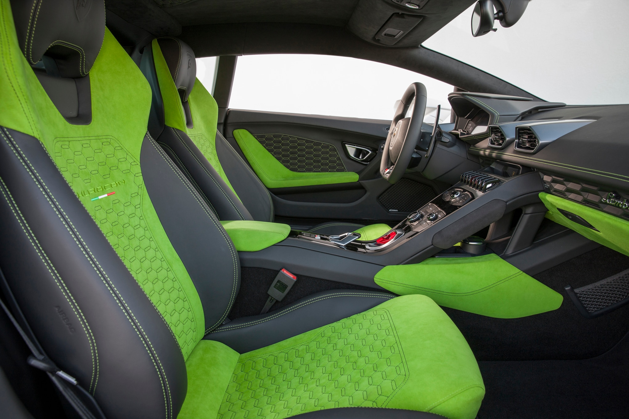 2016 lamborghini huracan lp 580 2 review. Black Bedroom Furniture Sets. Home Design Ideas