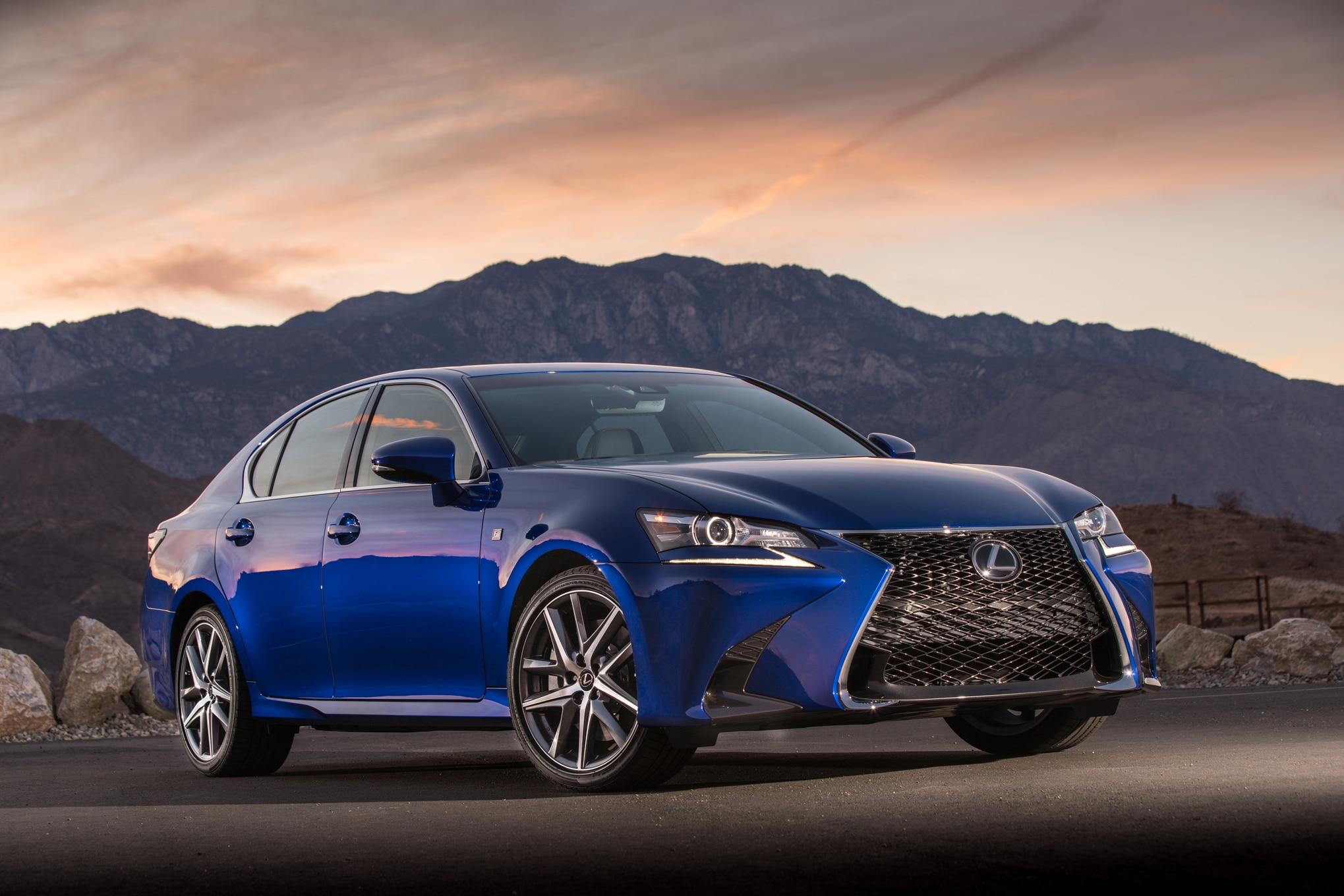 2016 lexus gs 200t f sport review. Black Bedroom Furniture Sets. Home Design Ideas