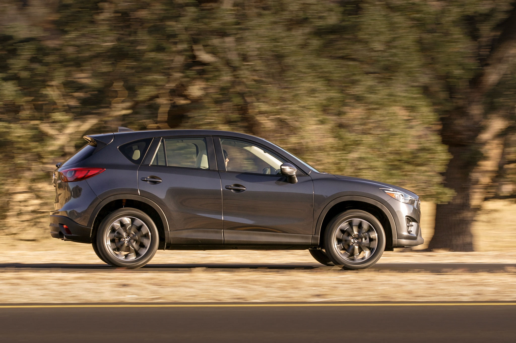 2016 5 mazda cx 5 updated with more standard features. Black Bedroom Furniture Sets. Home Design Ideas