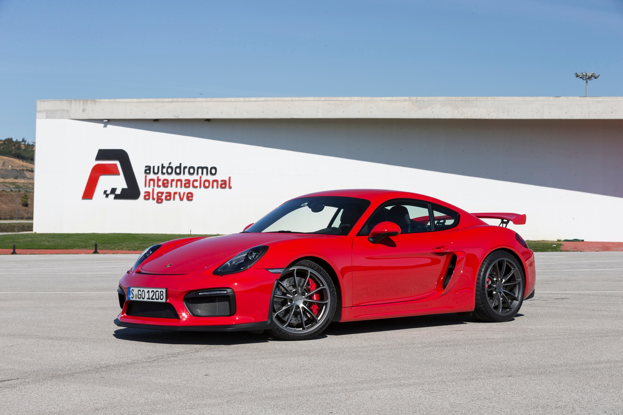 My (Dry) Track Day With The Porsche Cayman GT4 And 911 GT3 RS