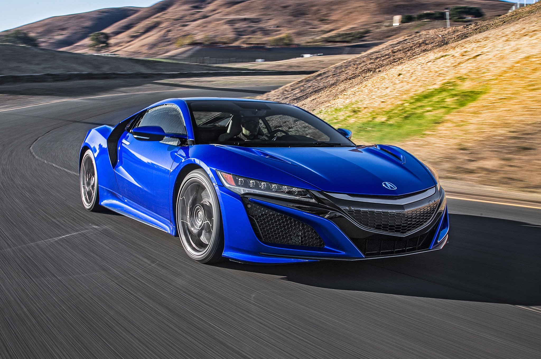 2017 Acura NSX Front Three Quarter Motion2