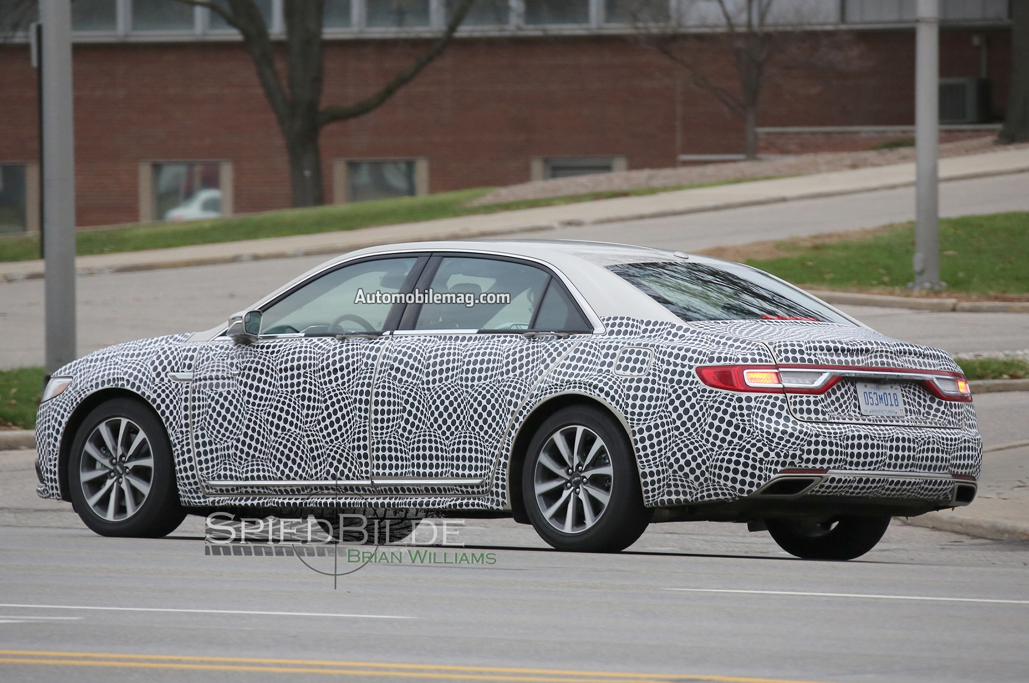 2017 lincoln continental interior spied with sync 3 wood trim - 2017 lincoln continental interior ...