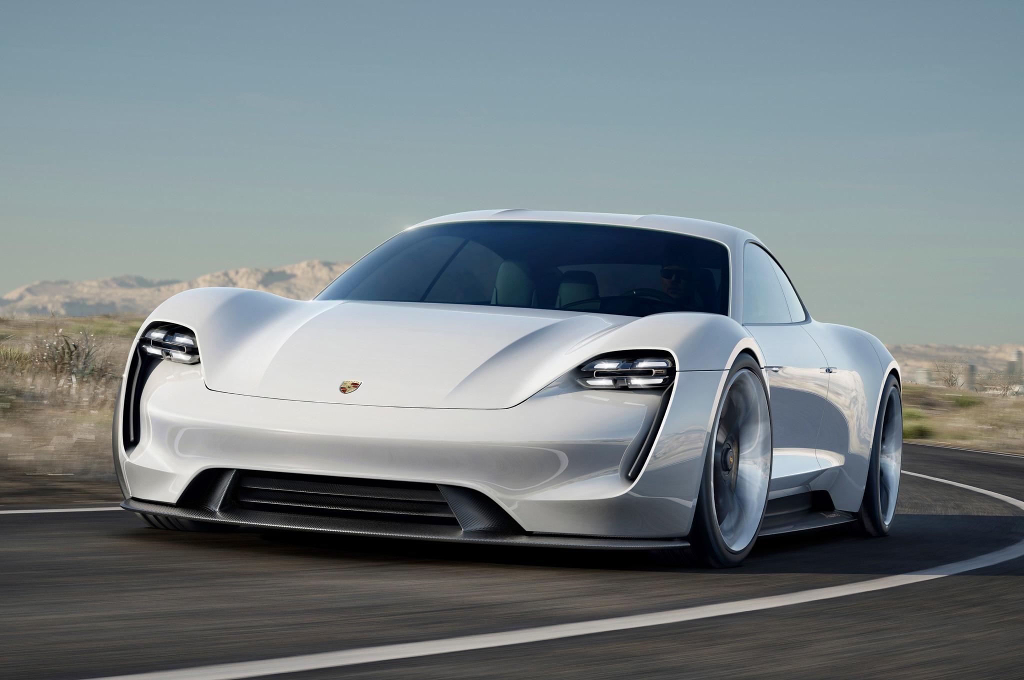 Porsche Mission E Concept 04