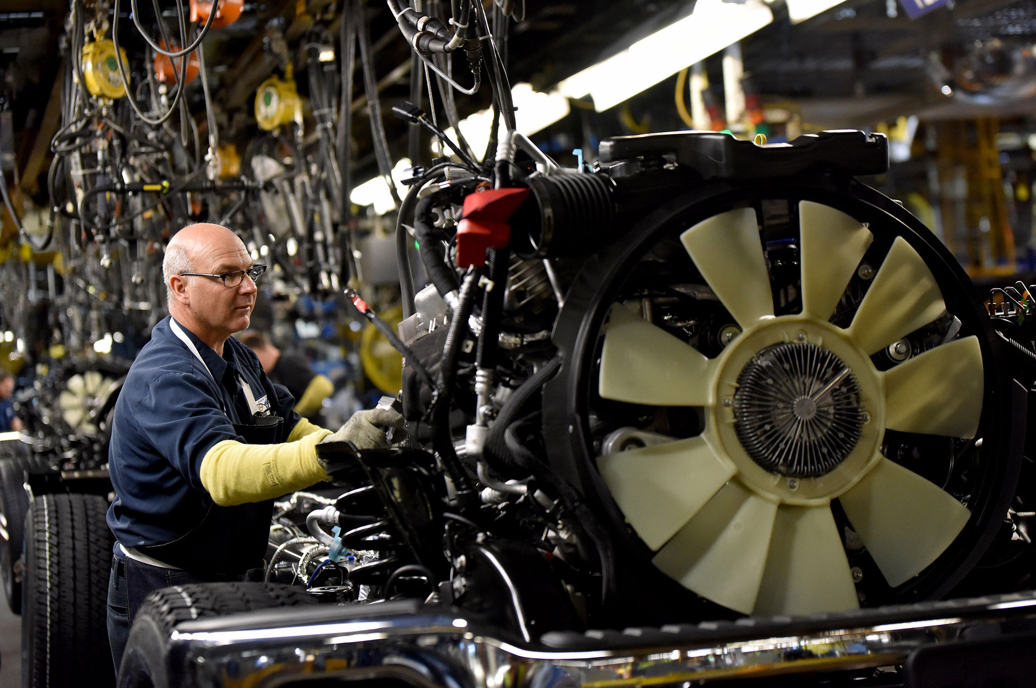 2017 Ford F250 Diesel Mpg >> Ford Invests $1.3 Billion in Kentucky Truck Plant