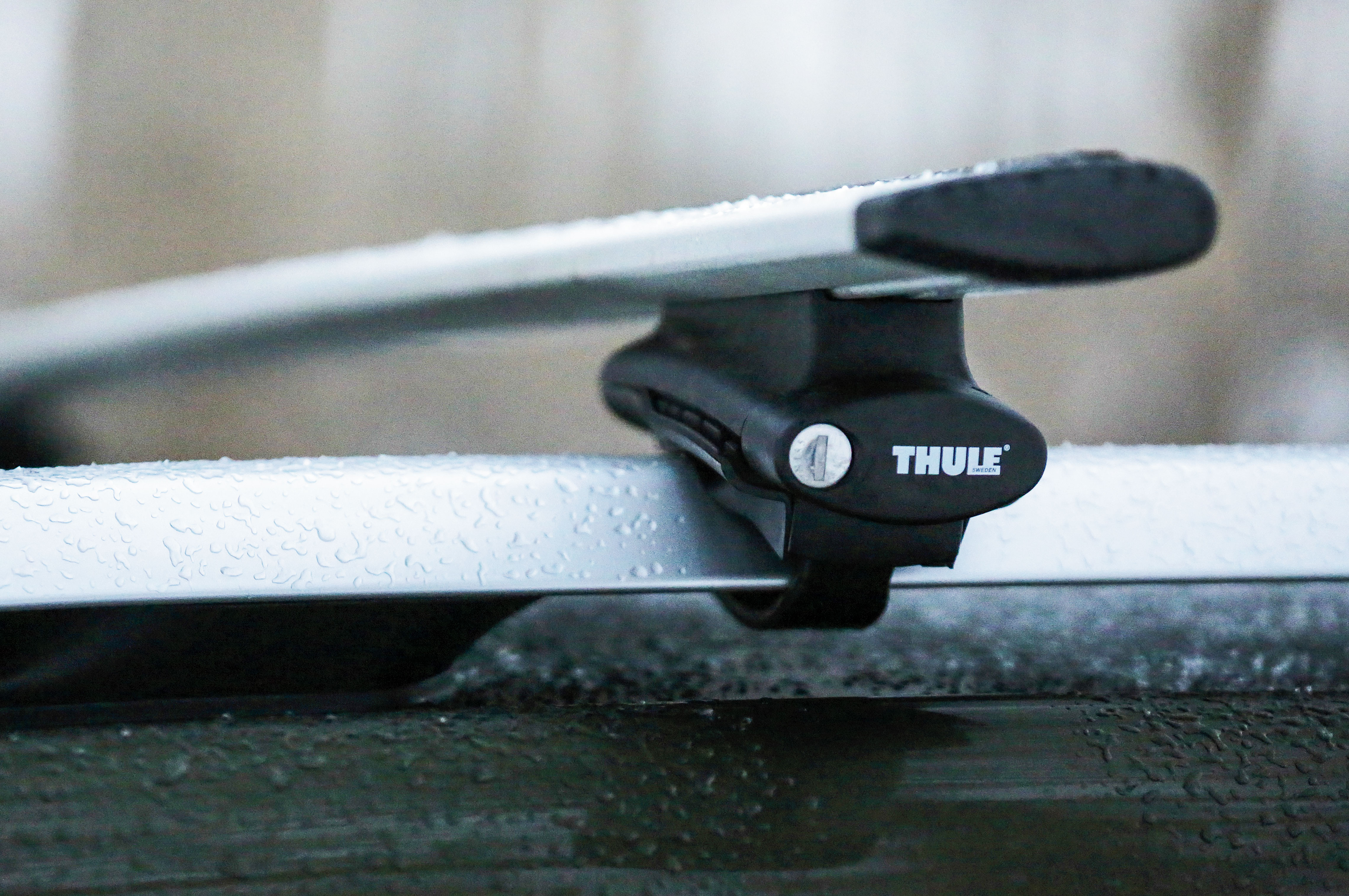 Get Mopar's Thule roof rack for functionality, not aesthetics.
