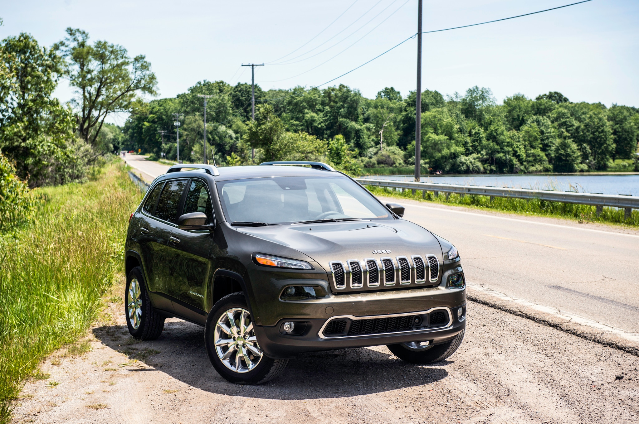 2014 jeep cherokee limited four seasons wrap up. Black Bedroom Furniture Sets. Home Design Ideas