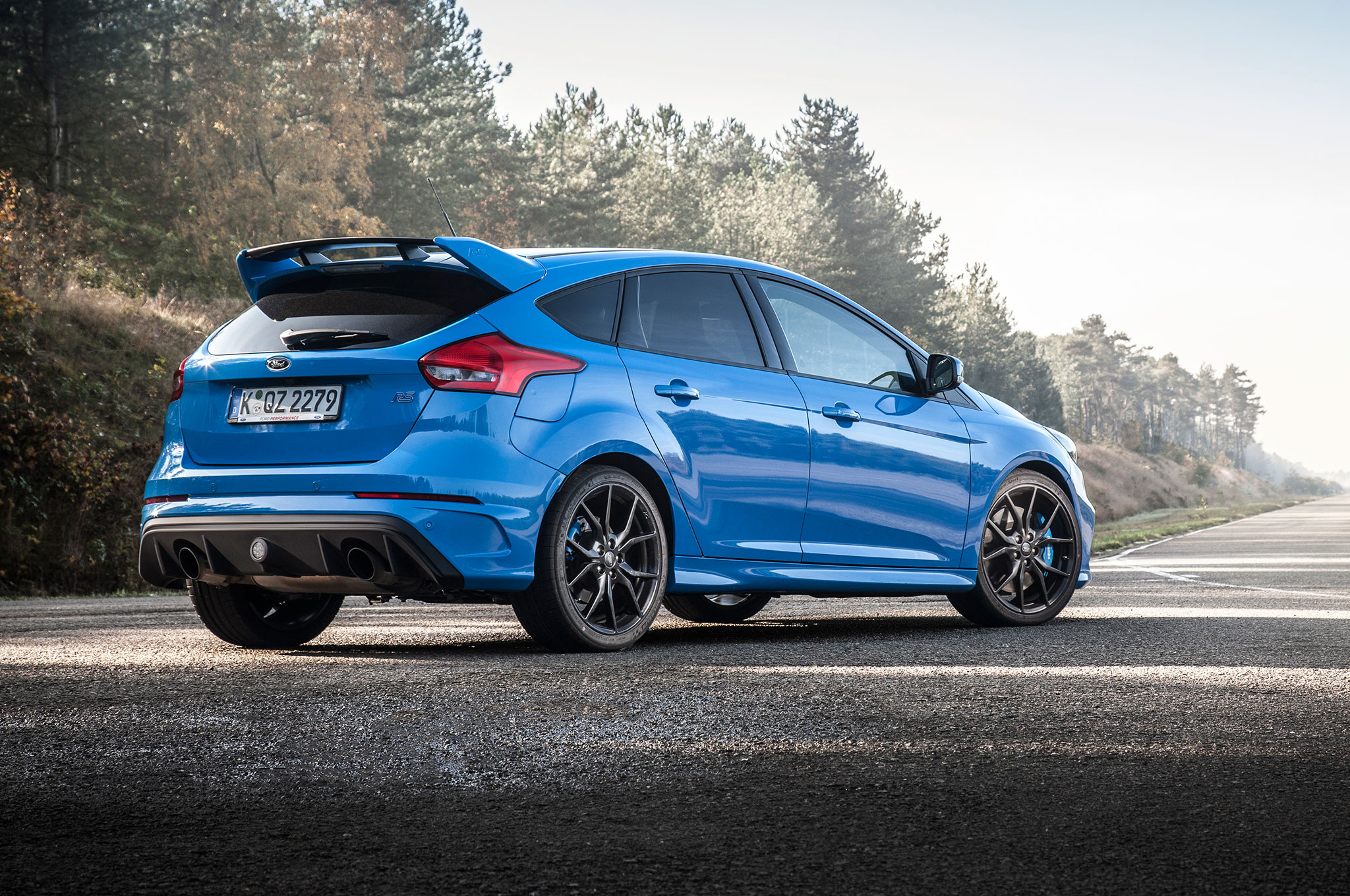 2016 ford focus rs euro spec track drive. Black Bedroom Furniture Sets. Home Design Ideas