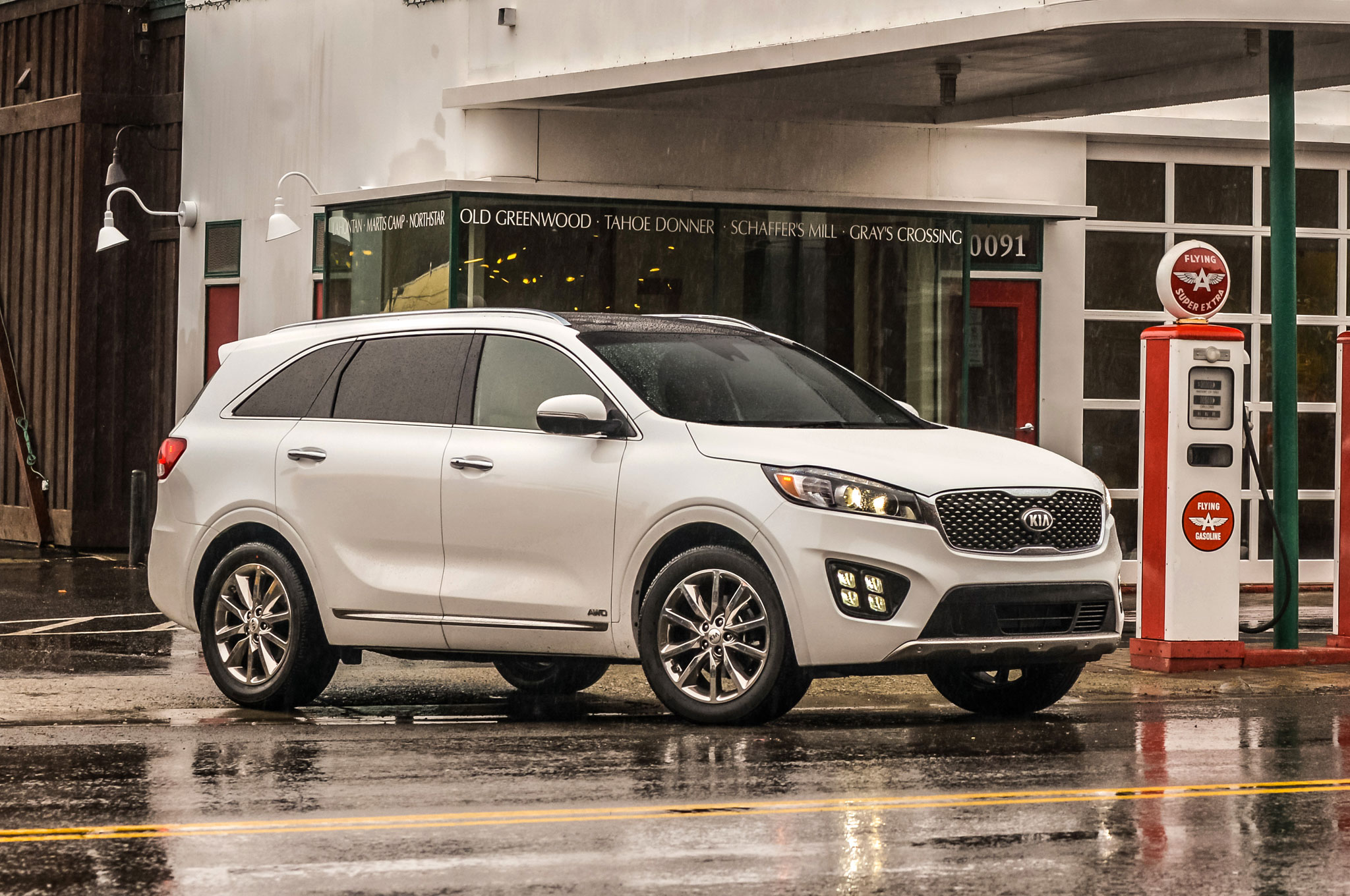 2017 kia sorento receives active safety features android auto and carplay capability. Black Bedroom Furniture Sets. Home Design Ideas
