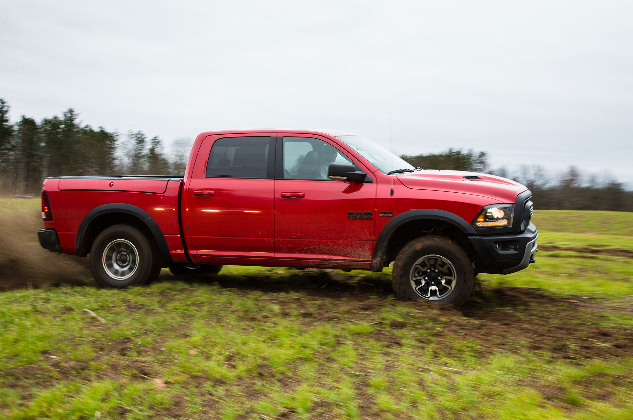 Innovative 2016 Ram 1500 Rebel 4x4 Hemi Side Profile In Motion 01