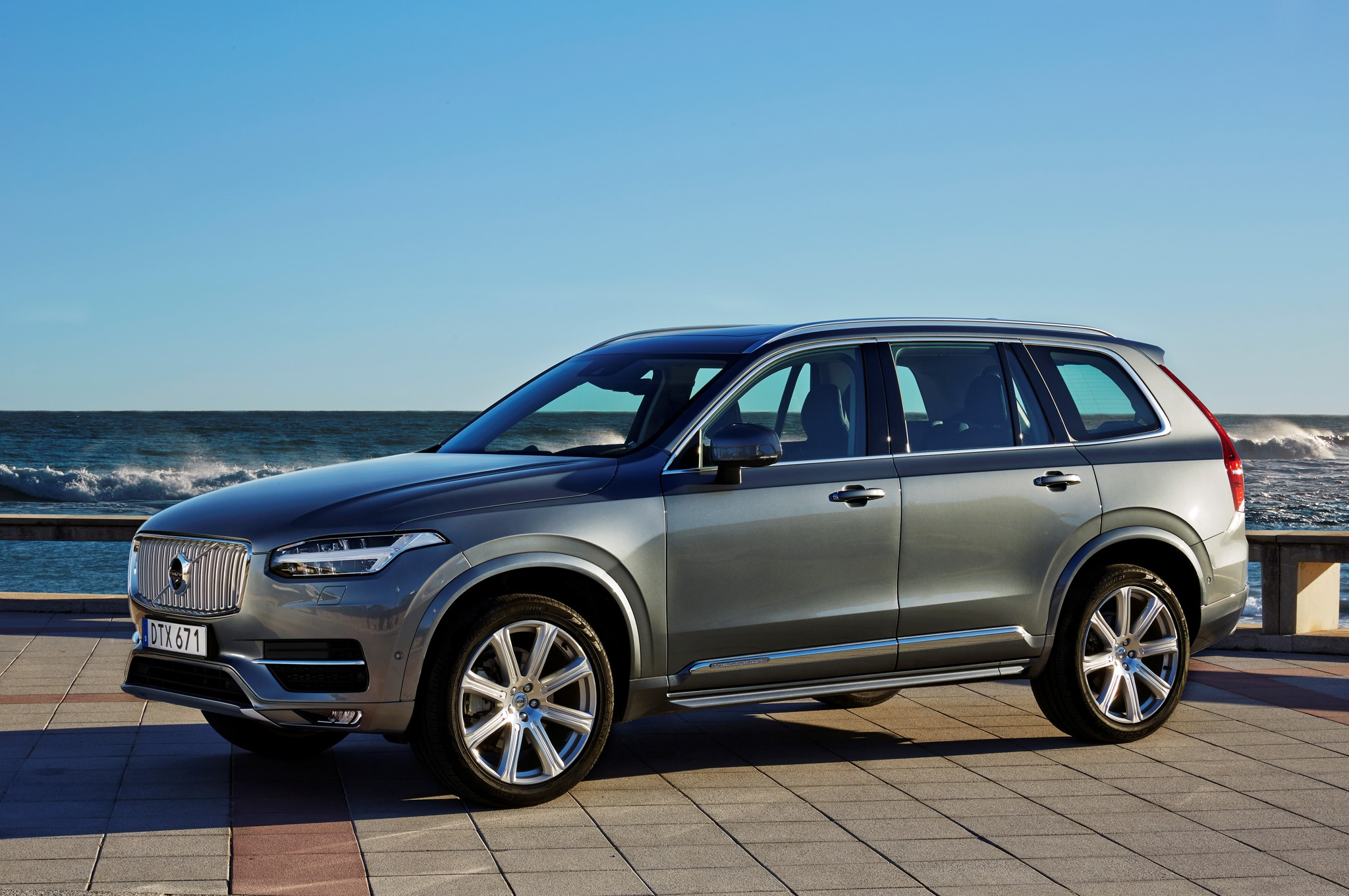 yes the new volvo xc90 is the future of luxury transportation. Black Bedroom Furniture Sets. Home Design Ideas