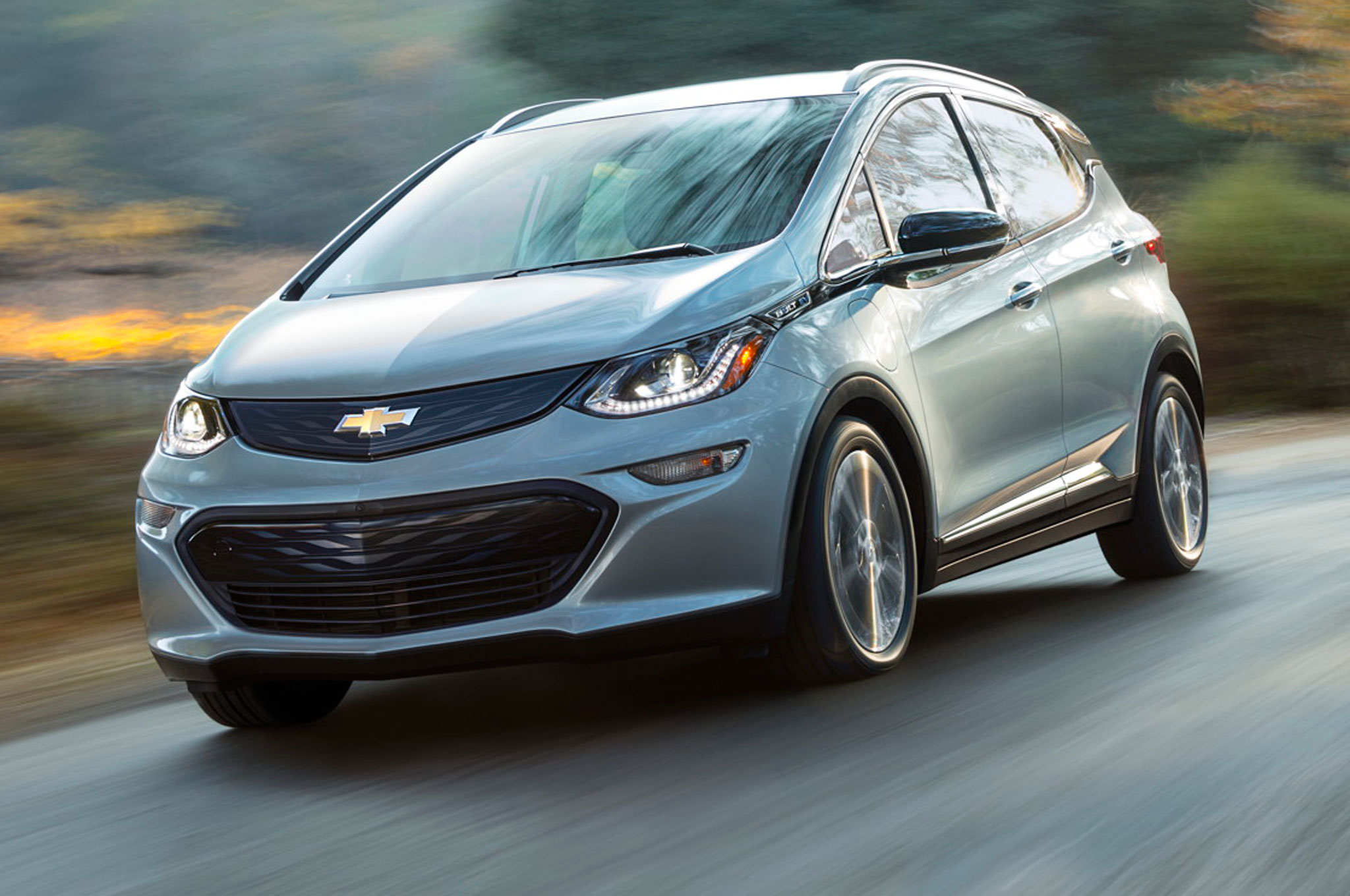 2017 Chevrolet Bolt EV Front View On Road3