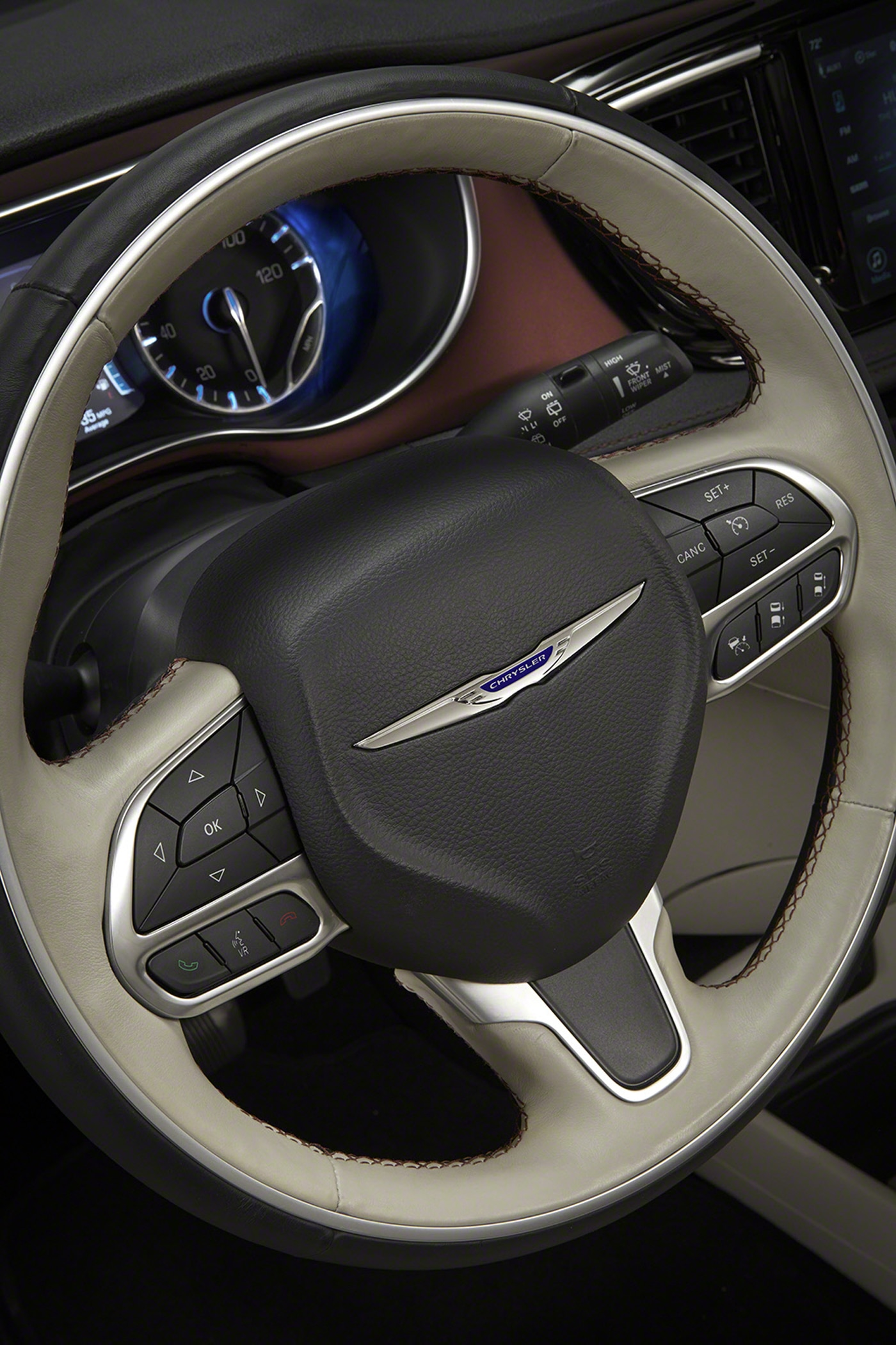 2017 Chrysler Pacifica Rated at 18/28 MPG | Automobile ...