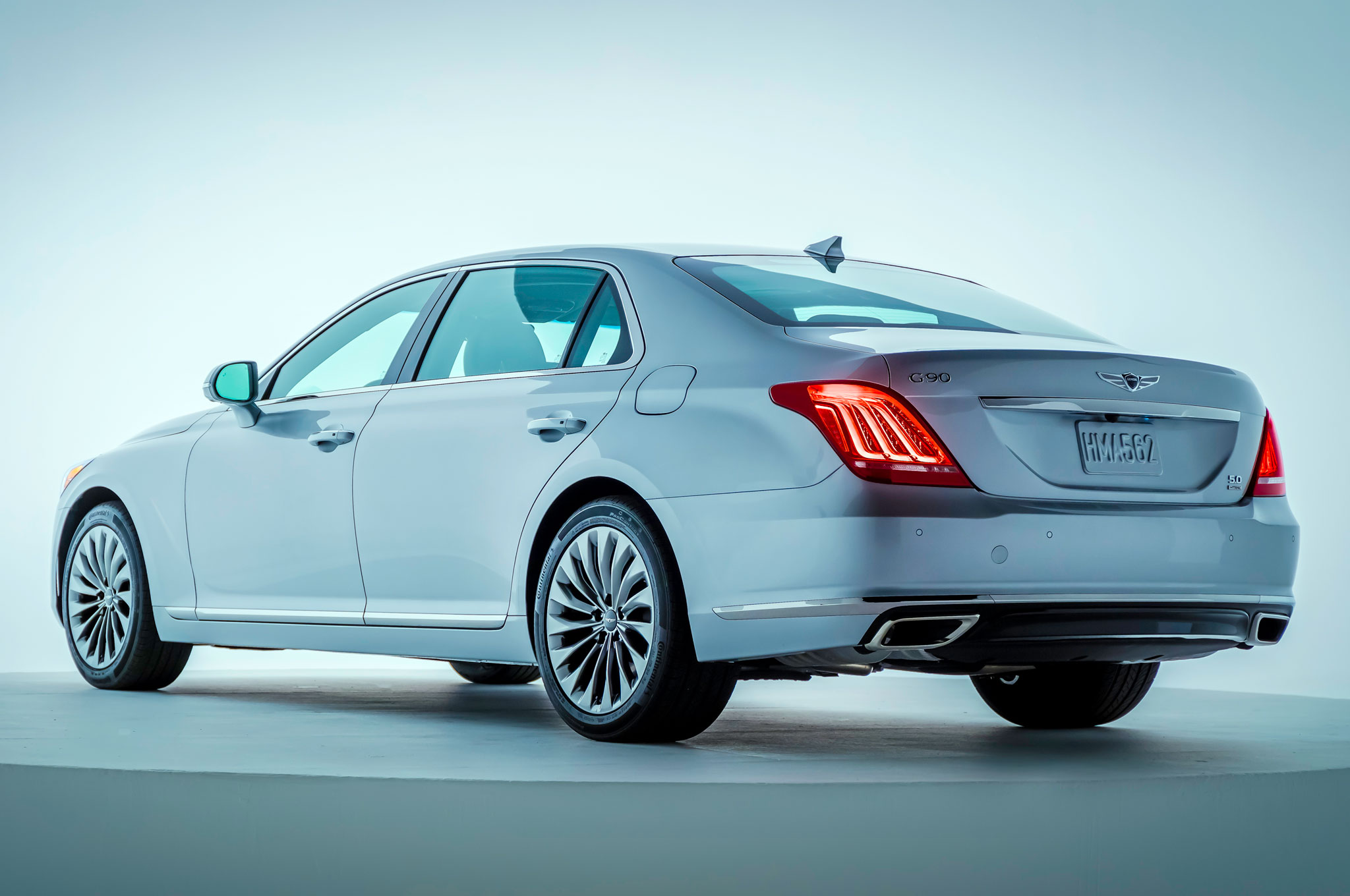 2017 genesis g90 launches hyundai 39 s new luxury brand in. Black Bedroom Furniture Sets. Home Design Ideas