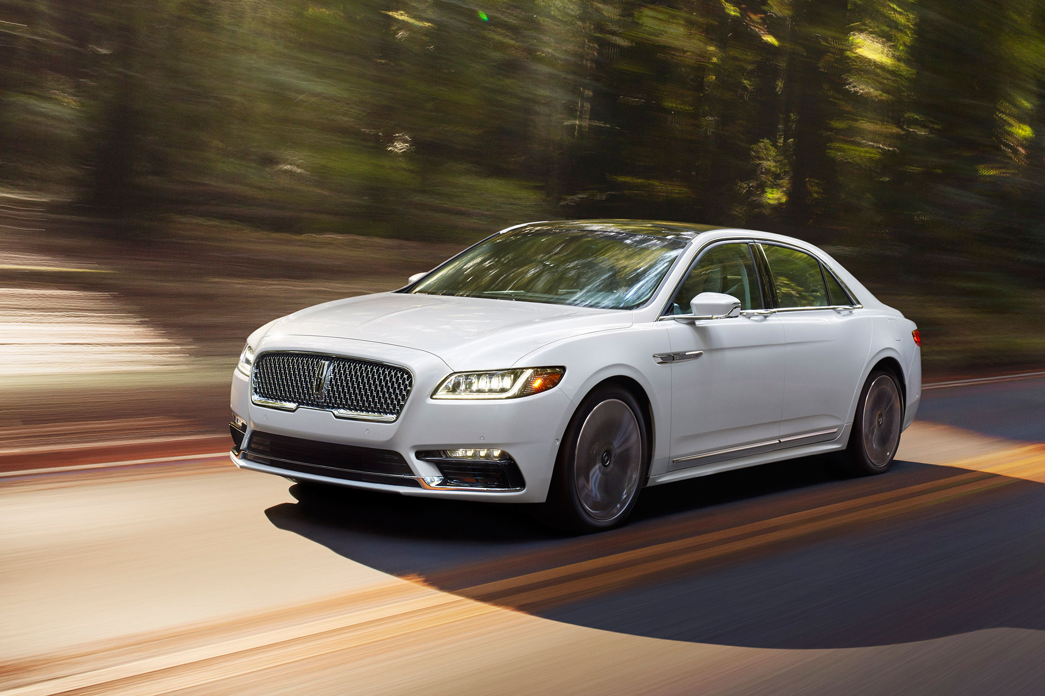 2017 lincoln continental rocks detroit with 400 hp twin turbo v 6. Black Bedroom Furniture Sets. Home Design Ideas