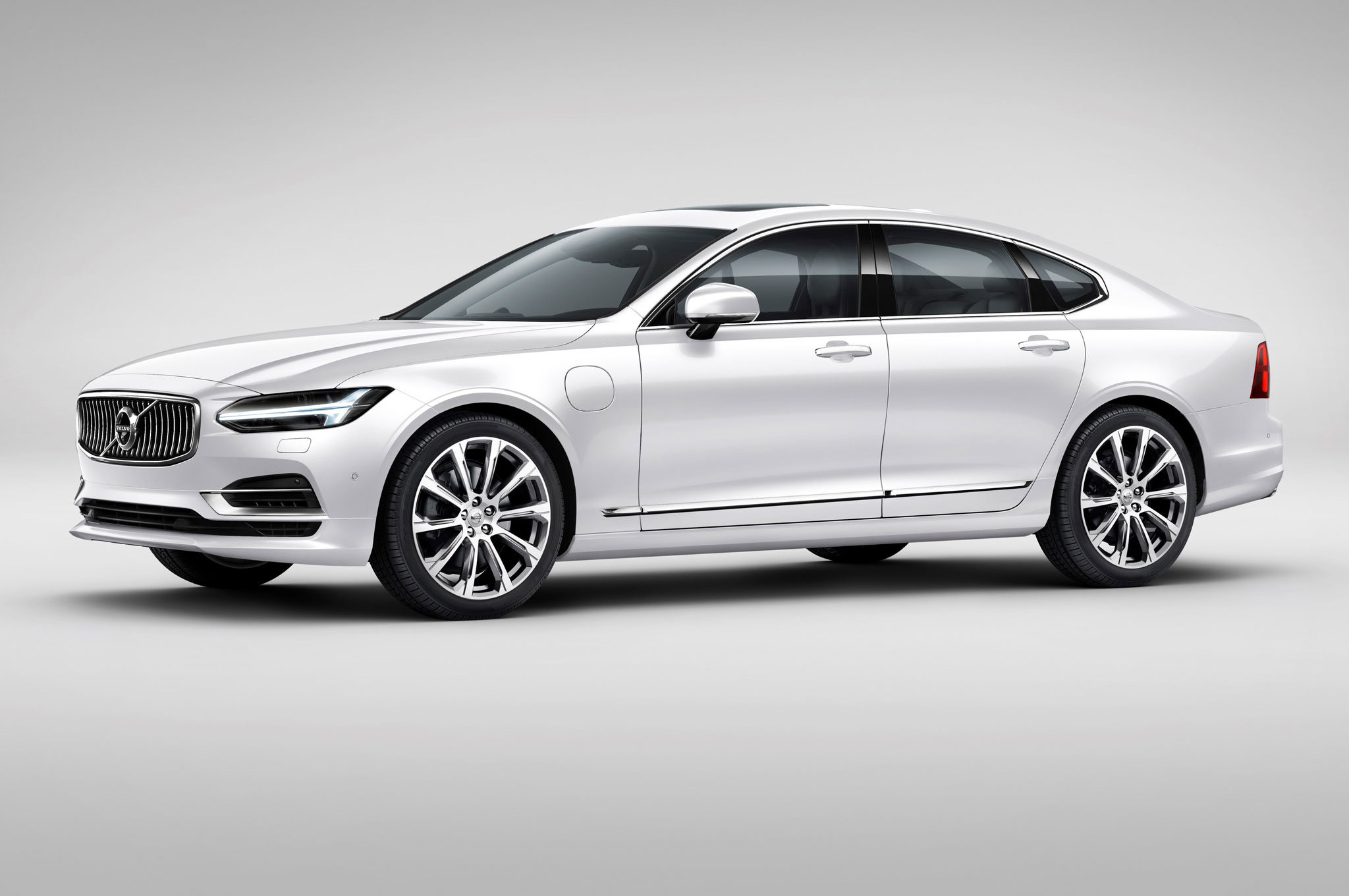 2017 volvo s90 priced from 47 945 xc90 excellence from 105 895 automobile magazine. Black Bedroom Furniture Sets. Home Design Ideas