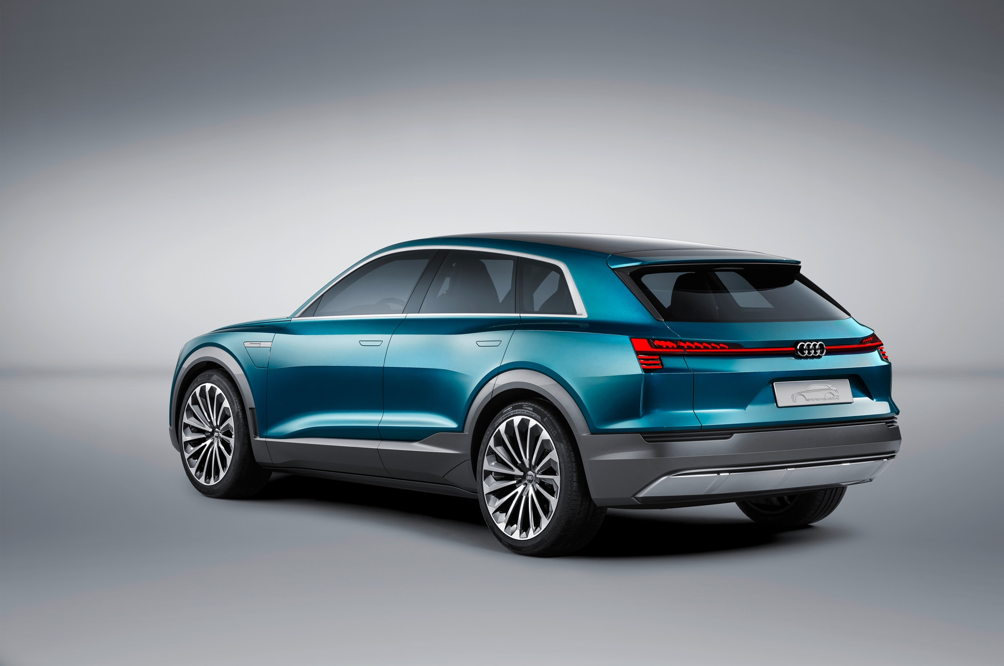 Merveilleux We Do Know That The New All Electric Audi SUV Will Ride On The Same MLB  Platform As The Audi Q7. As It Will Fit In Between The Q7 And Q5 In ...
