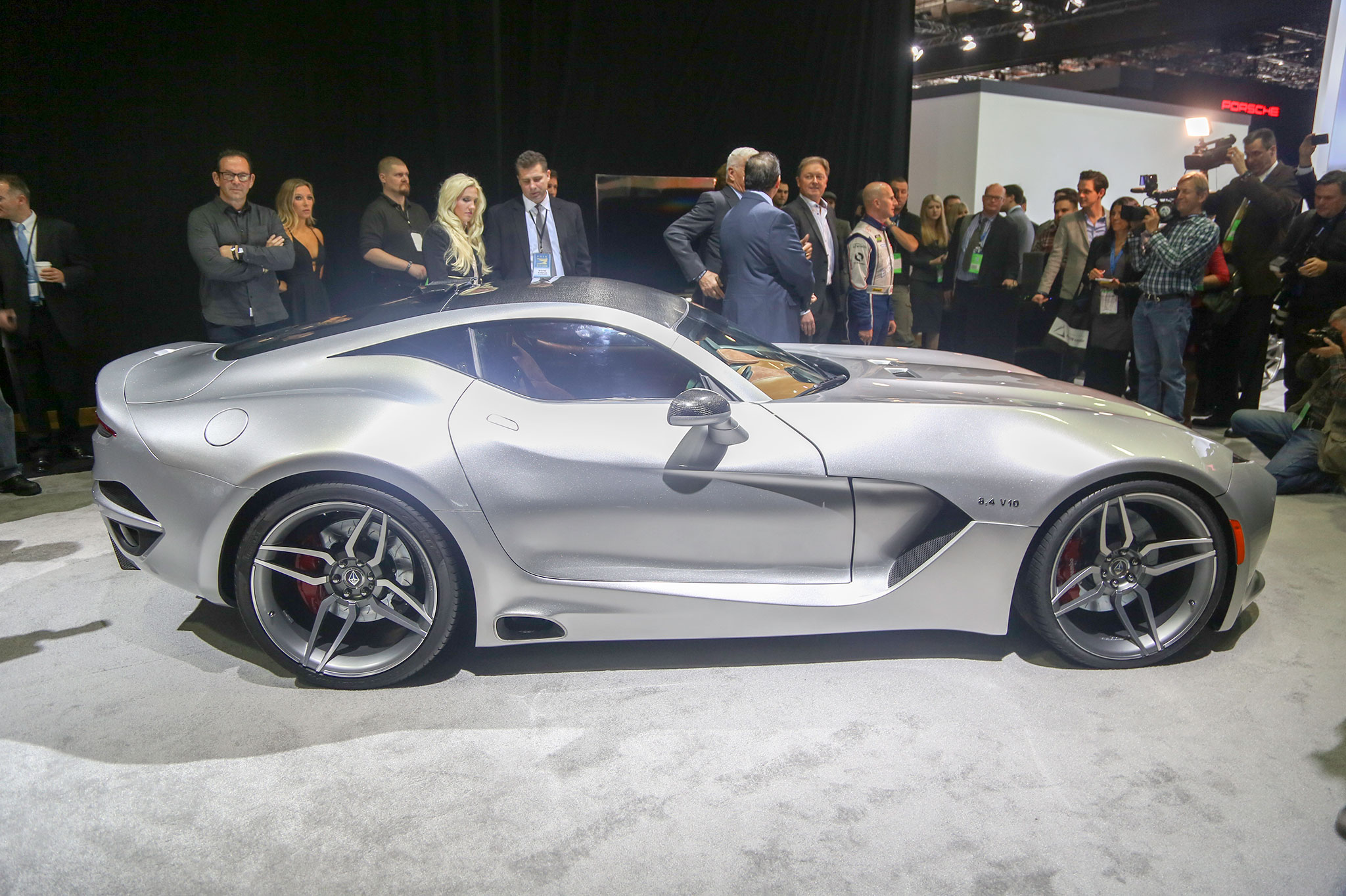 3 Weird Debuts From The 2016 Detroit Auto Show Photos