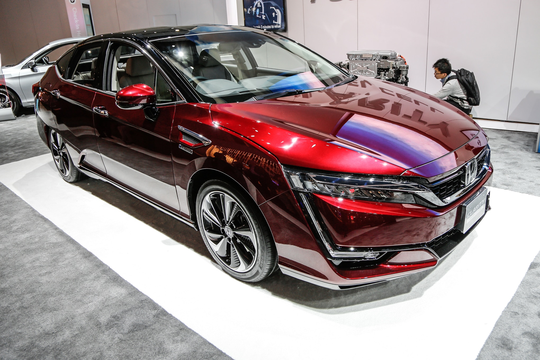 Honda Clarity Fuel Cell Lease Price Will Be Under $500 a Month