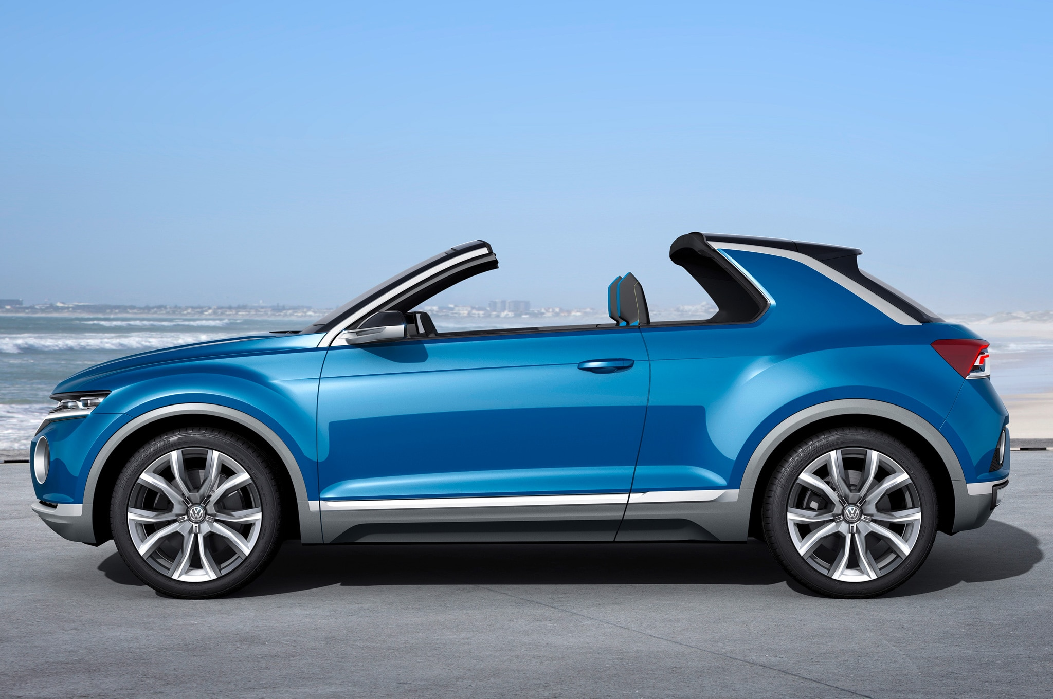 Volkswagen T ROC Concept Side View Roof Open