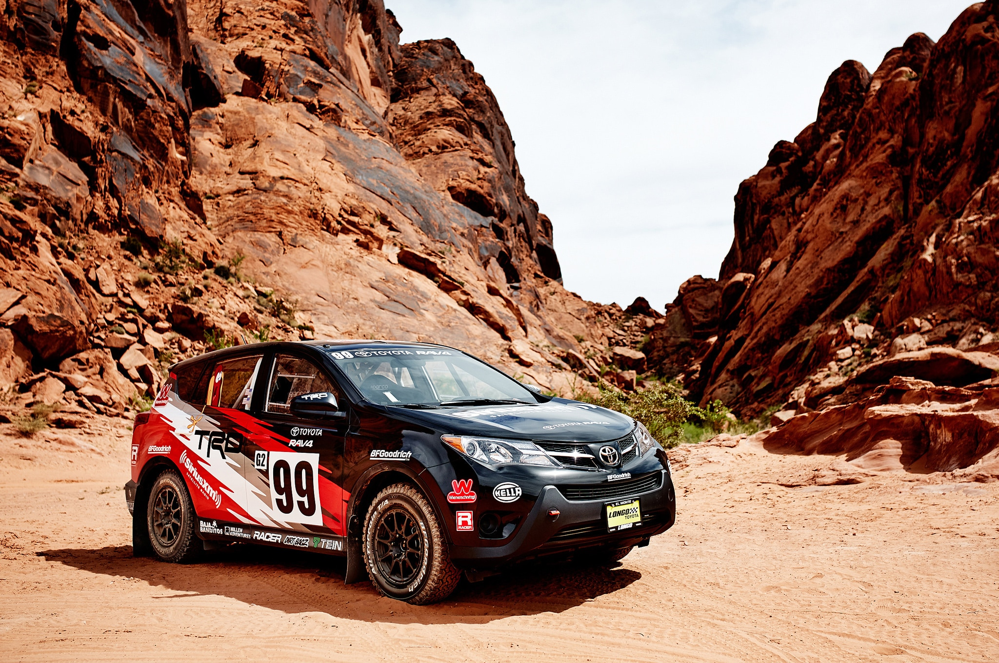 2015 Toyota RAV4 LE At 2015 Rally America Front Three Quarter