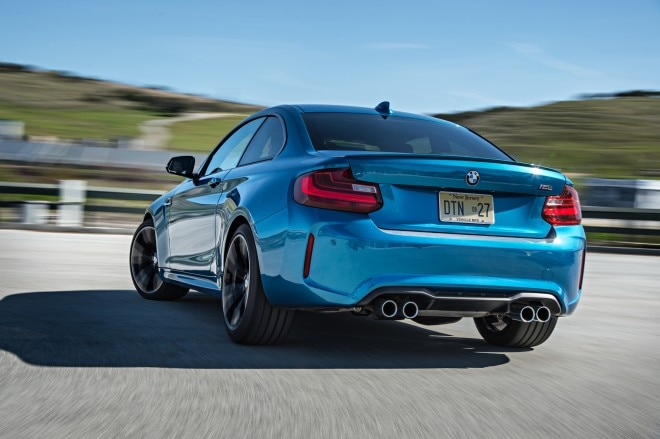 2016 BMW M2 rear three quarter in motion