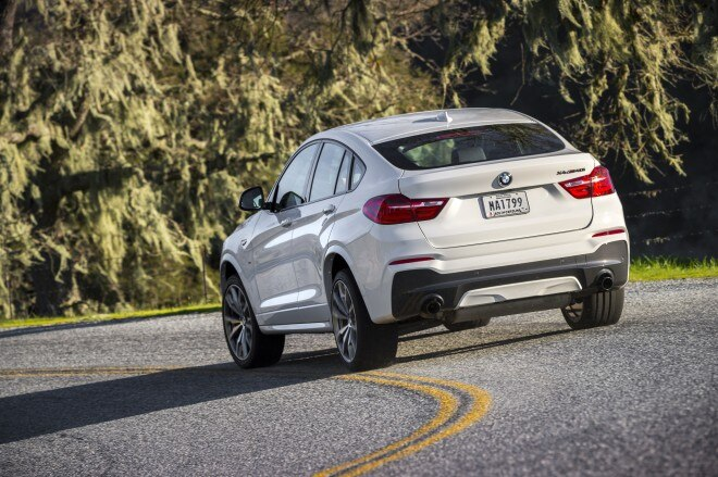 2016 BMW X4 M40i rear three quarter 06 1