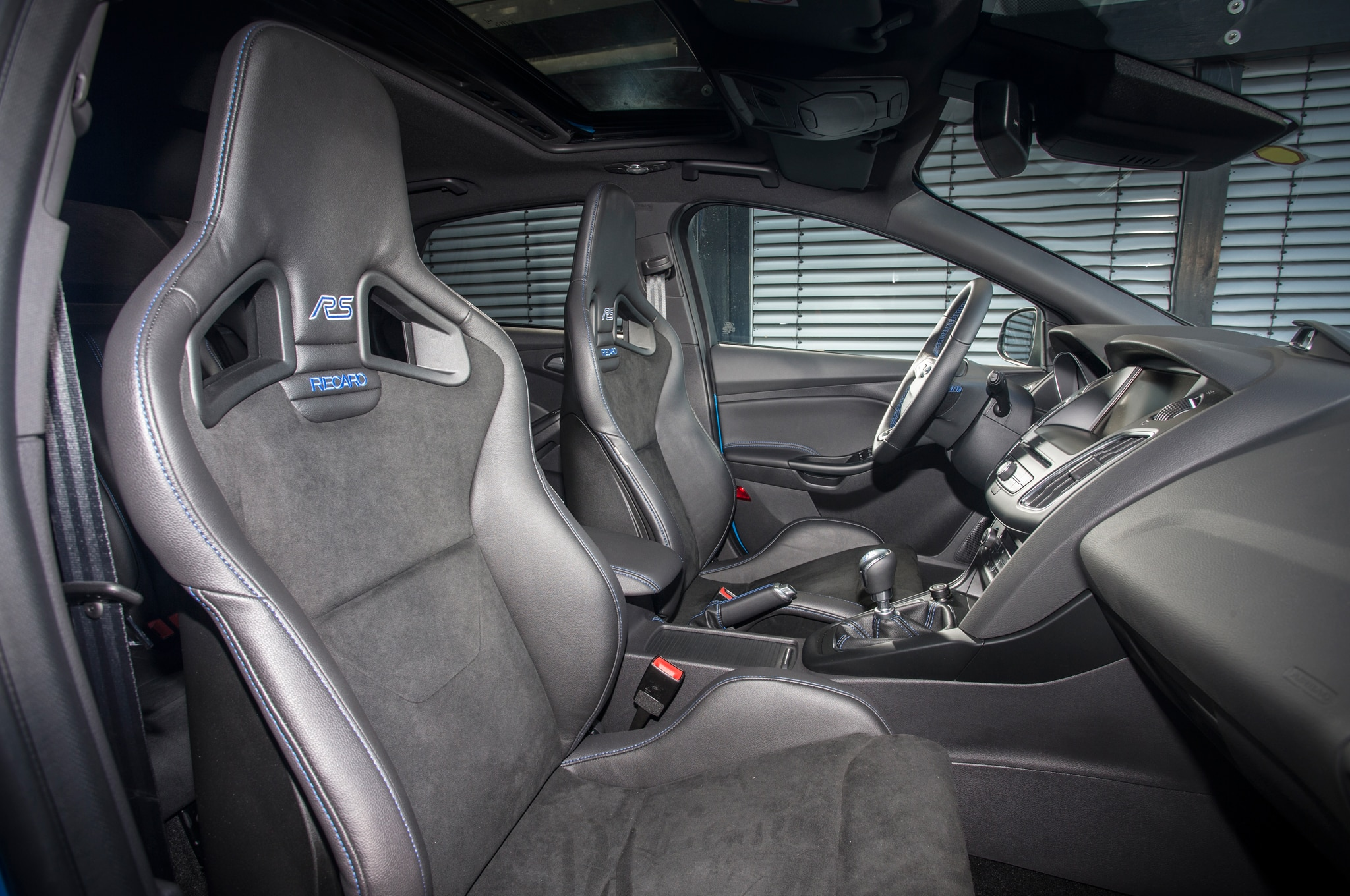 2016 ford focus rs second drive review photo gallery. Black Bedroom Furniture Sets. Home Design Ideas