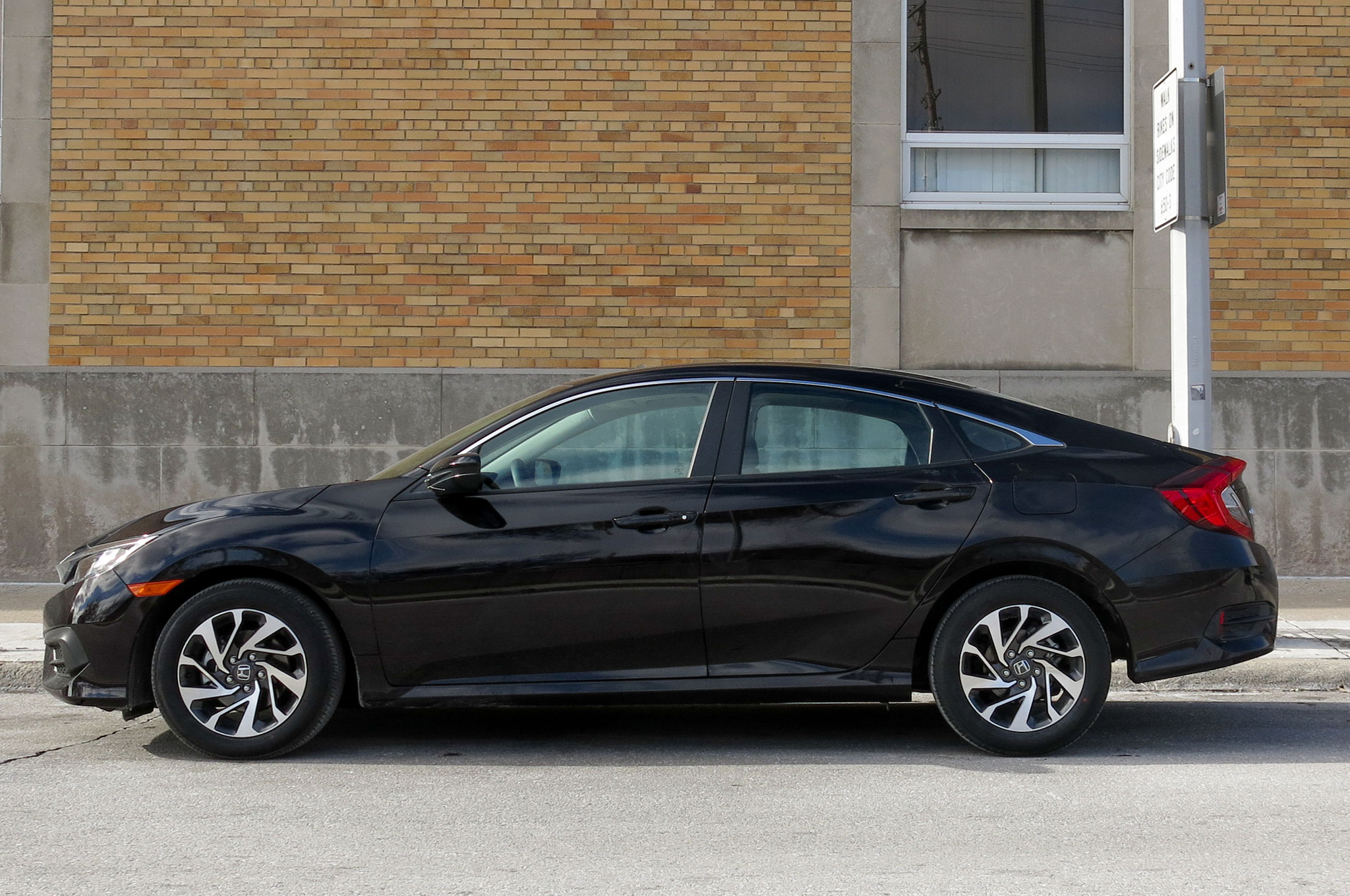 Honda Civic Ex Sedan Review Automobile Magazine