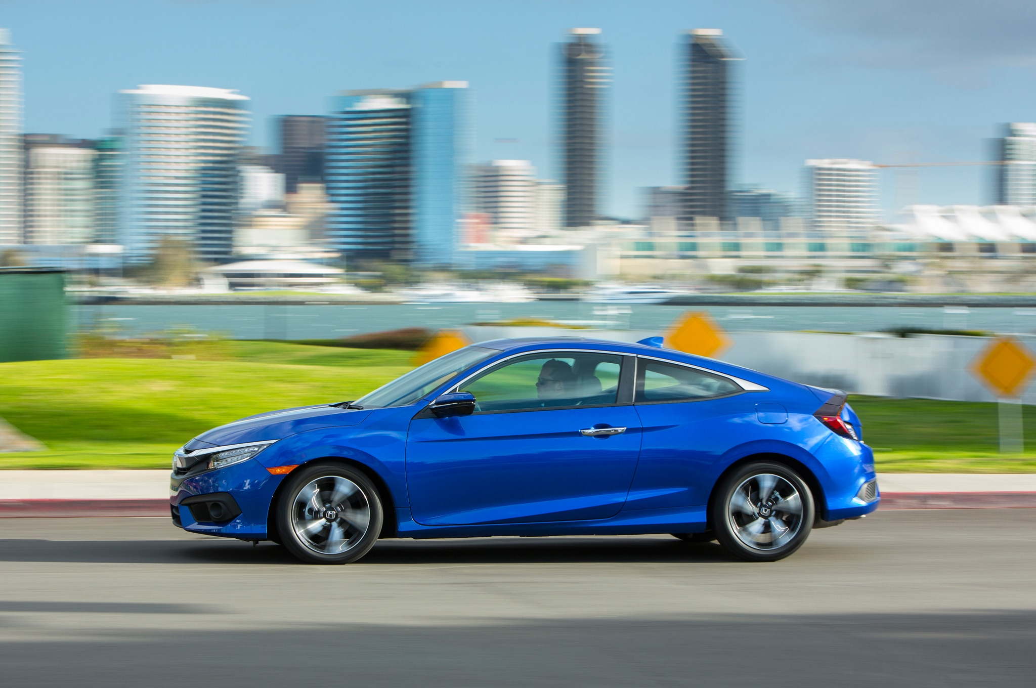 2016 honda civic coupe touring one week review for Honda civic 2016 top speed