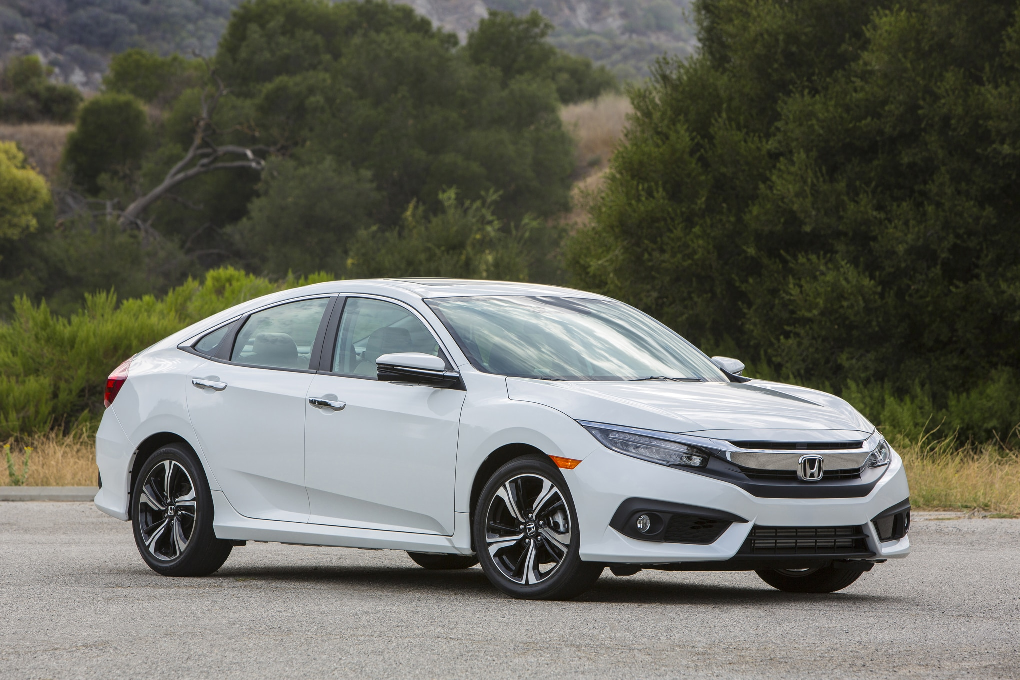 2017 honda civic hatchback spied with rear liftback dual. Black Bedroom Furniture Sets. Home Design Ideas
