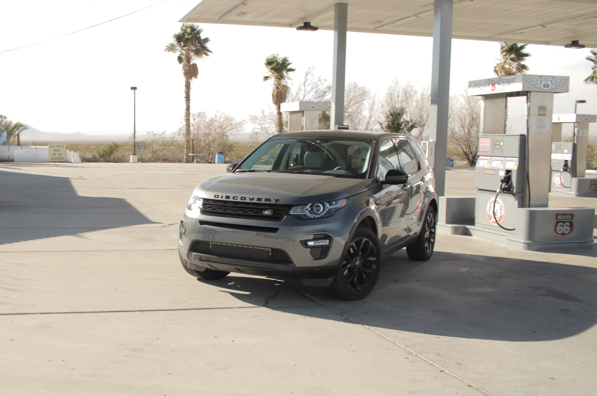 2016 land rover discovery sport hse lux out of the concrete jungle automobile magazine. Black Bedroom Furniture Sets. Home Design Ideas
