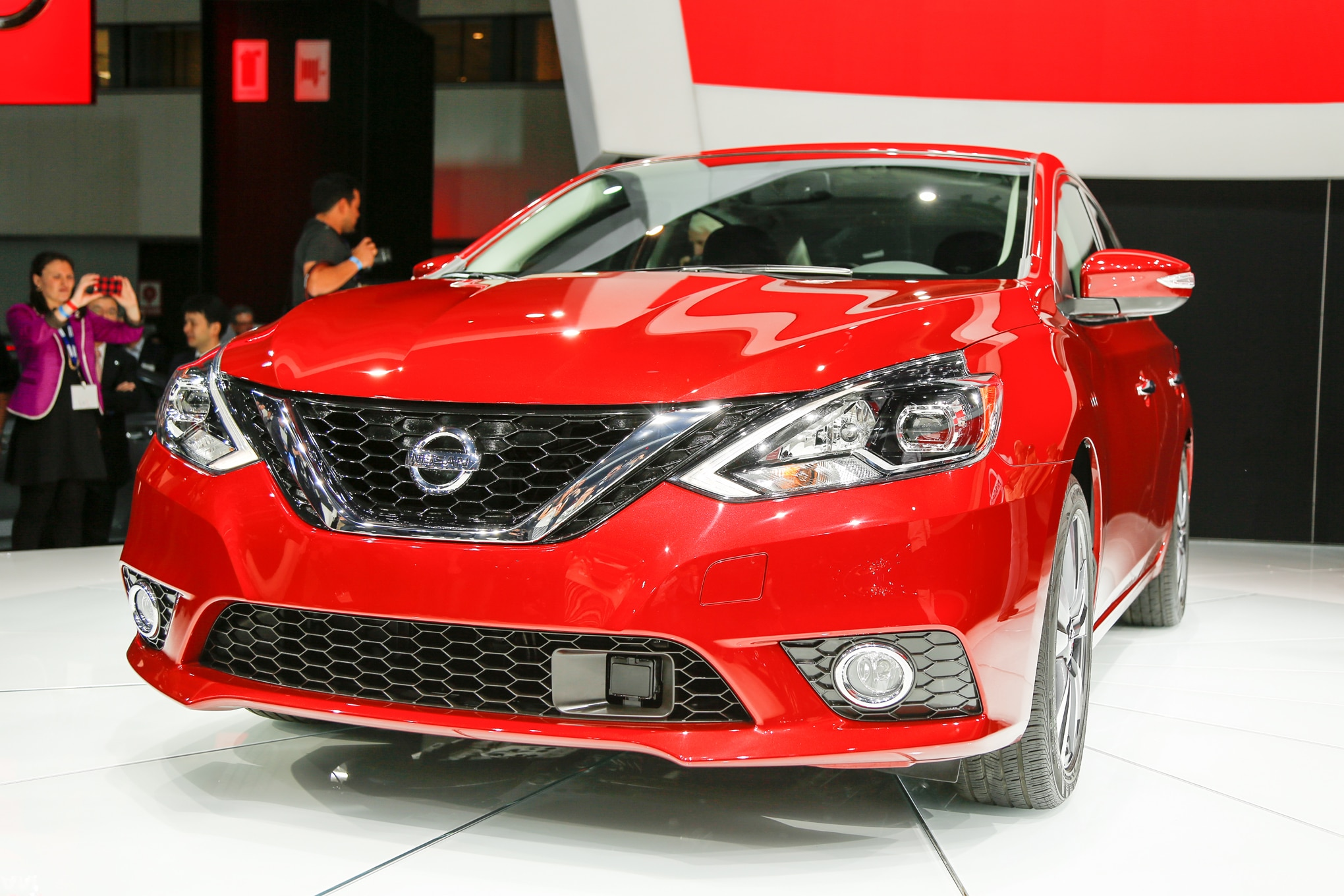 2016 nissan sentra review. Black Bedroom Furniture Sets. Home Design Ideas