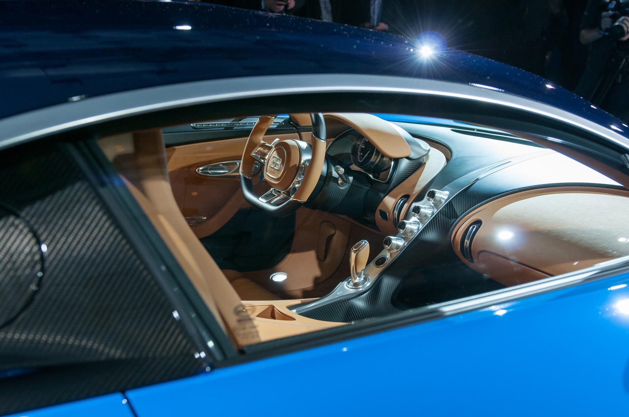 bugatti veyron interior 2017 2017 bugatti veyron super. Black Bedroom Furniture Sets. Home Design Ideas