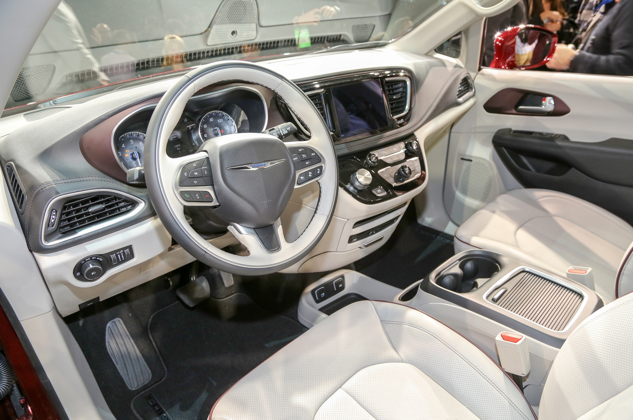2017 Chrysler Pacifica Priced From 29 590 Automobile