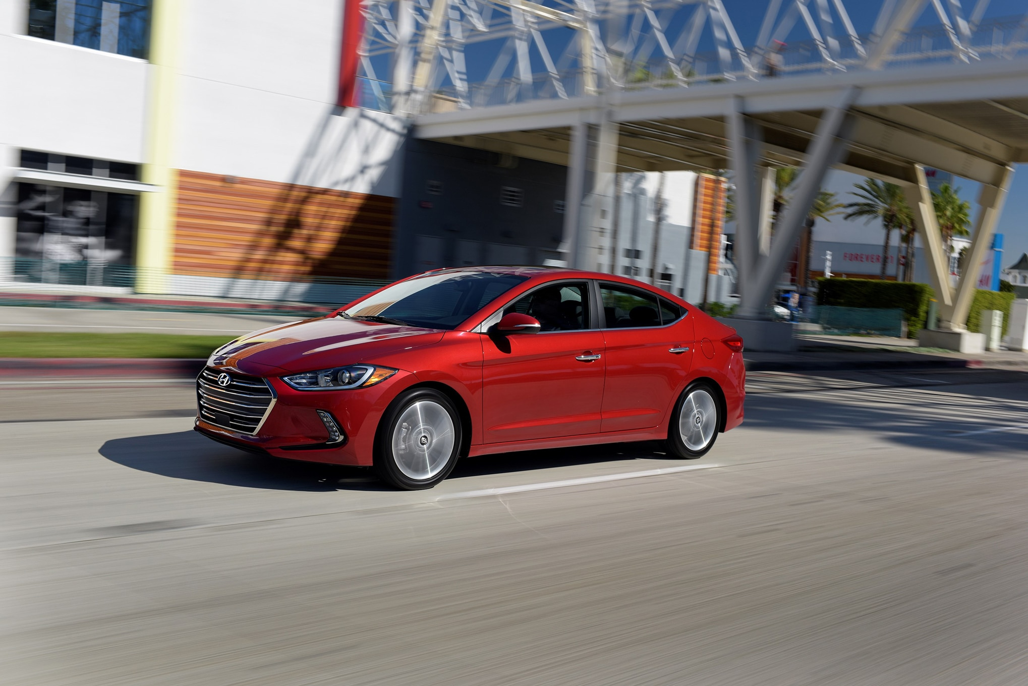 2017 Hyundai Elantra Front Three Quarter In Motion 03