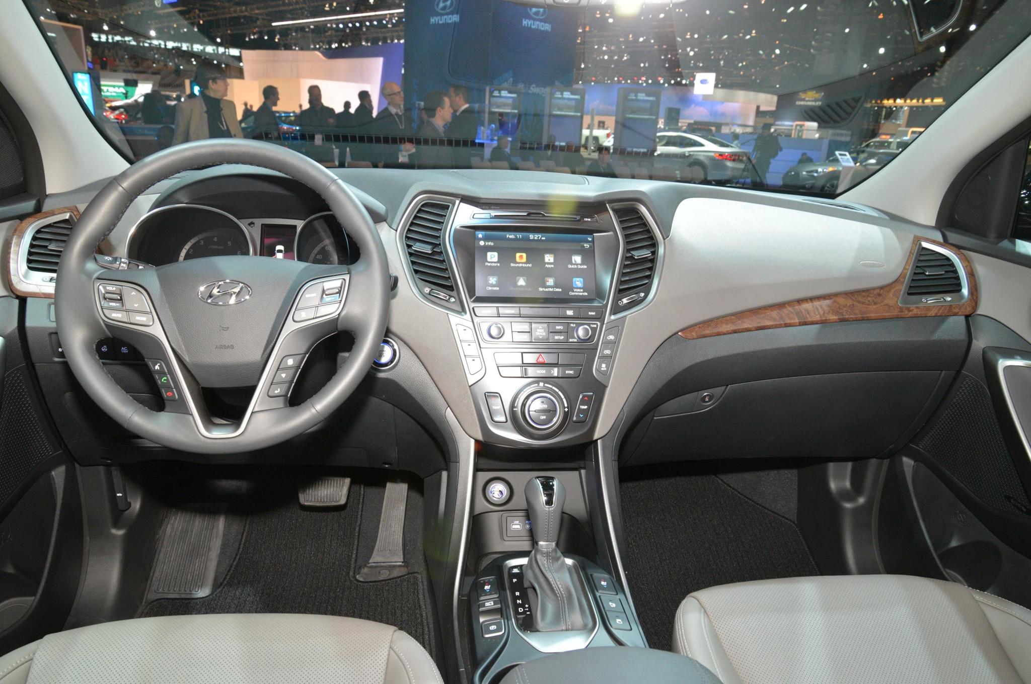 2017 Hyundai Santa Fe Santa Fe Sport Refreshed Gain More Safety Tech