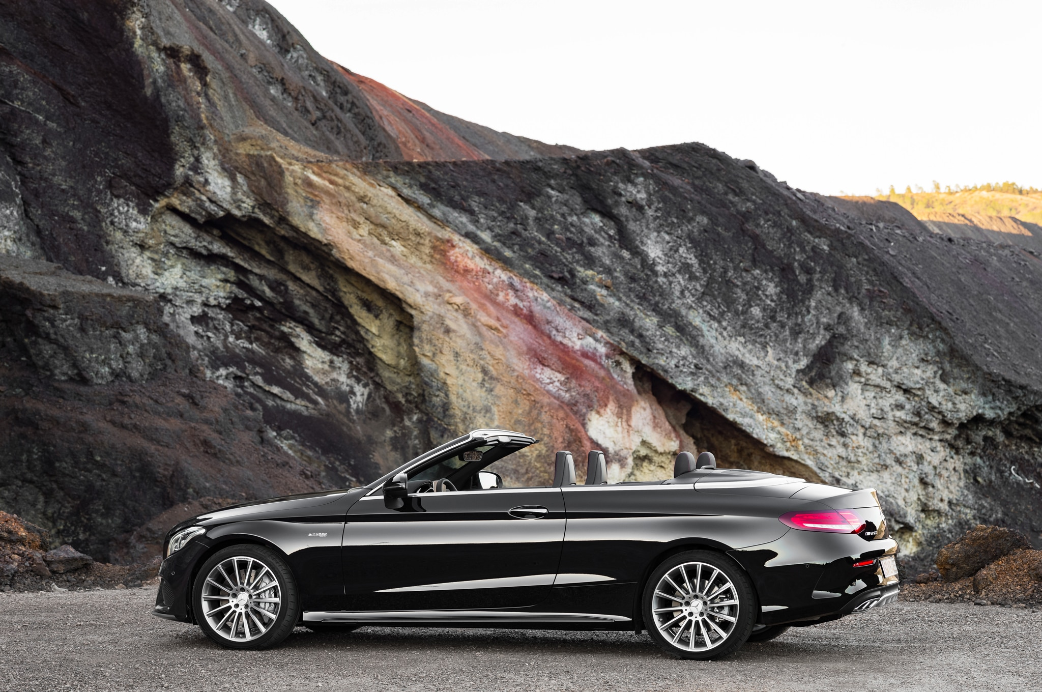 2017 mercedes benz c class cabriolet revealed in c300 amg c43 guises automobile magazine. Black Bedroom Furniture Sets. Home Design Ideas