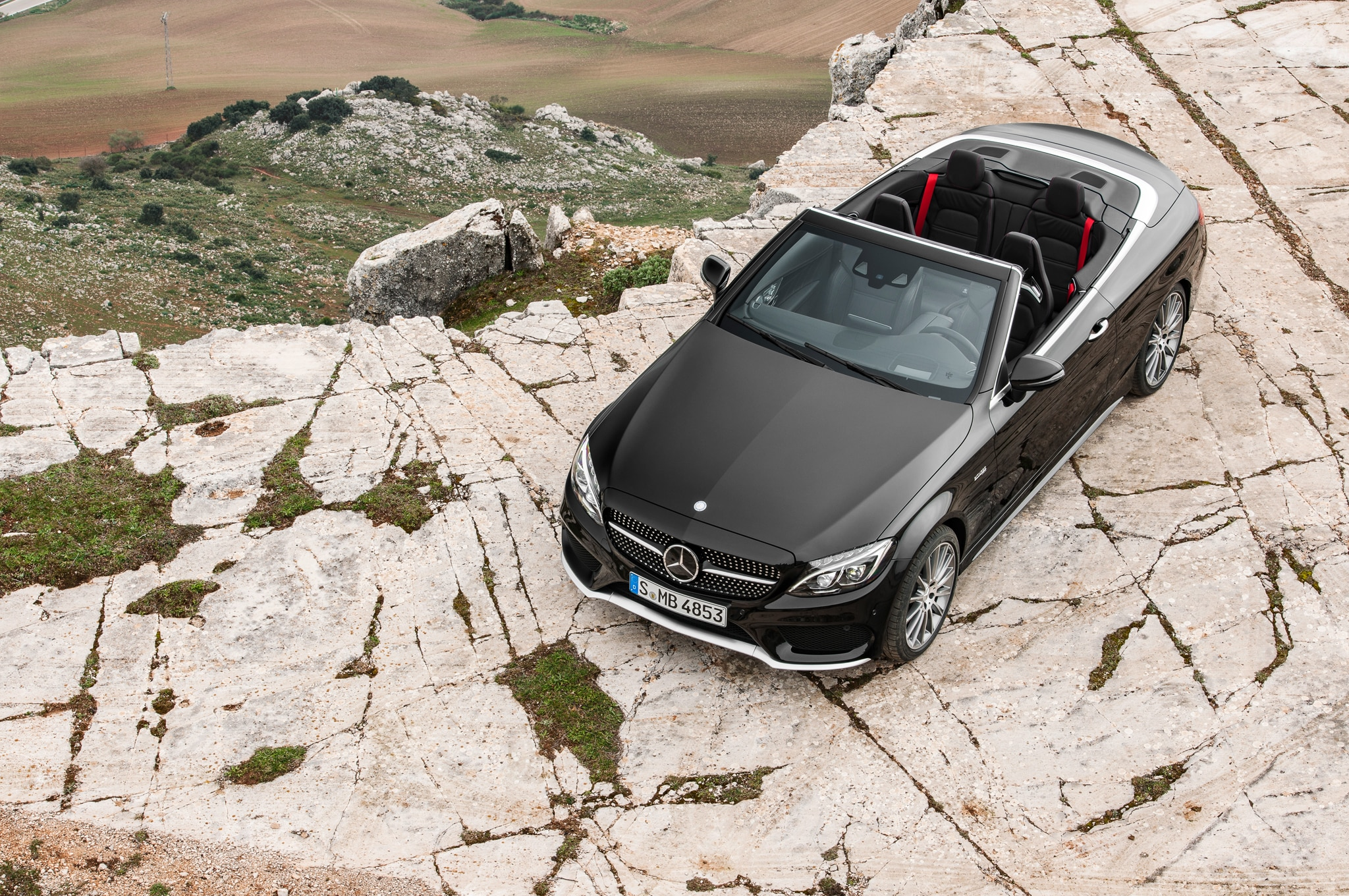 2017 mercedes benz c class cabriolet revealed in c300 amg for Mercedes benz class action settlement website