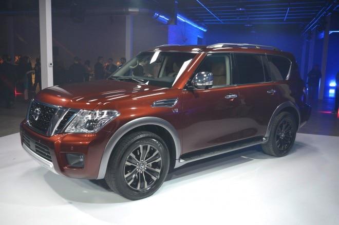 2017 Nissan Armada Front Three Quarter 04 660x438