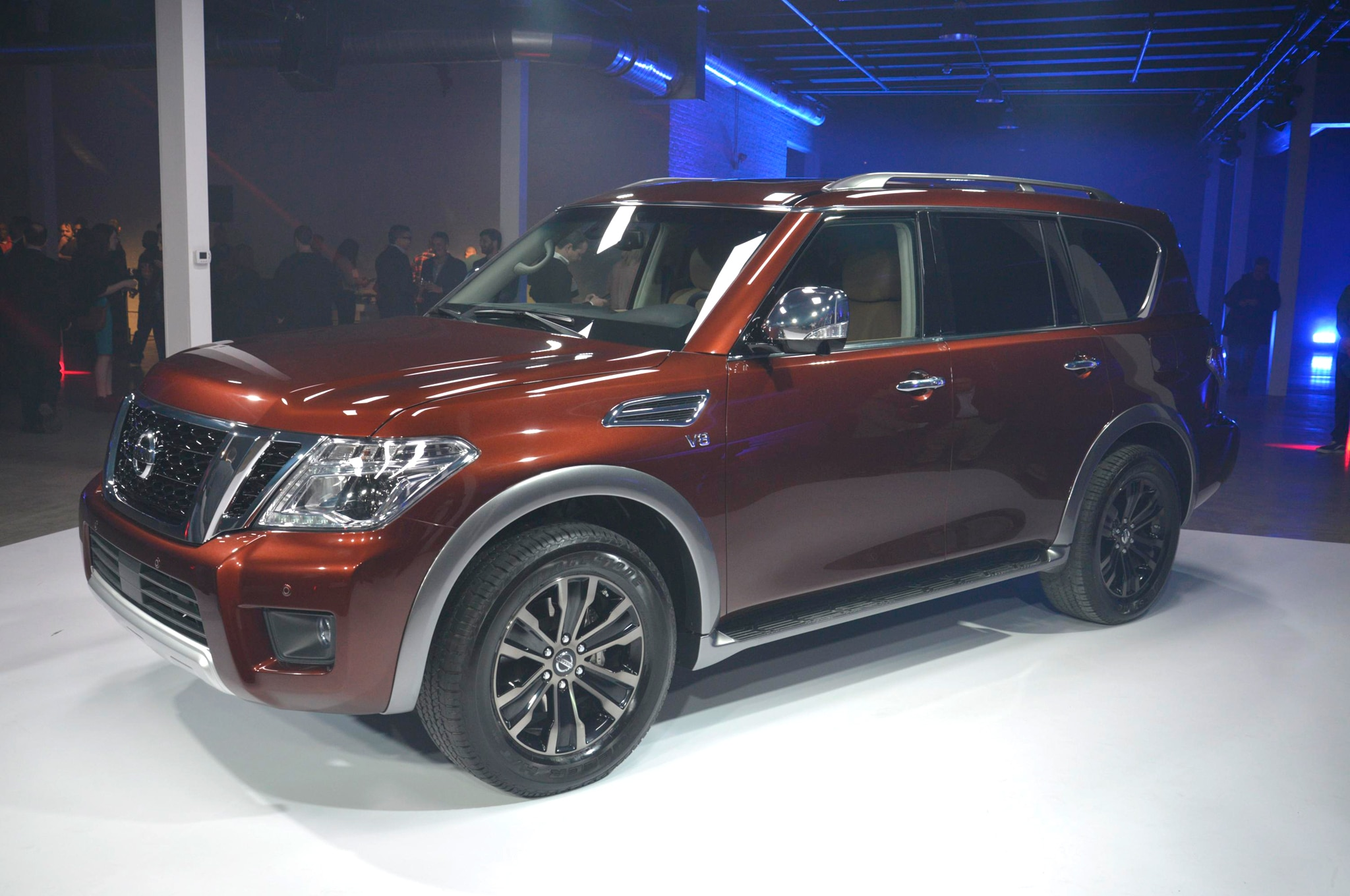 2017 Nissan Armada Front Three Quarter 04