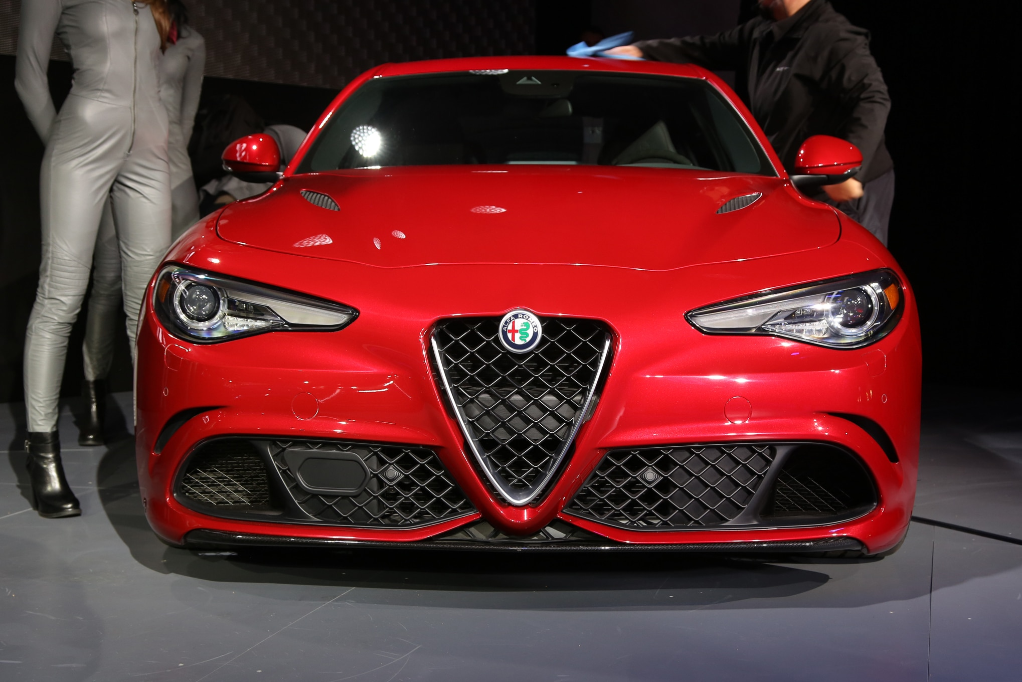 alfa romeo giulietta quadrifoglio verde review with Admire 360 Degree View 2017 Alfa Romeo Giulia Quadrifoglio on Alfa Romeo Giulia Ti Super 85c6f609c94e98c4 as well Alfa romeo giulietta cloverleaf review furthermore Photos likewise Alfa Romeo Giulia 2017 in addition Showthread.